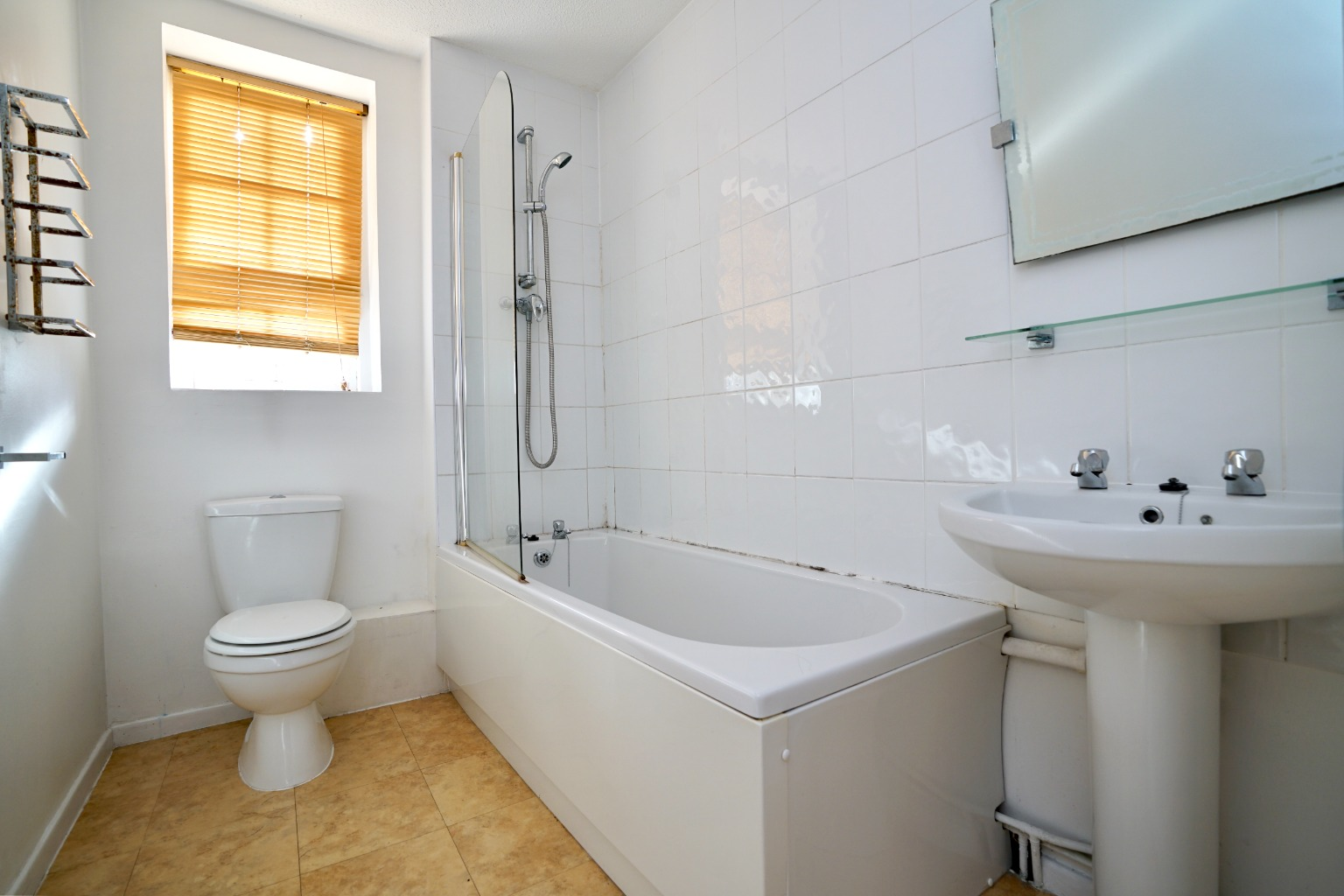 1 bed ground floor flat for sale in Linclare Place, St. Neots  - Property Image 6