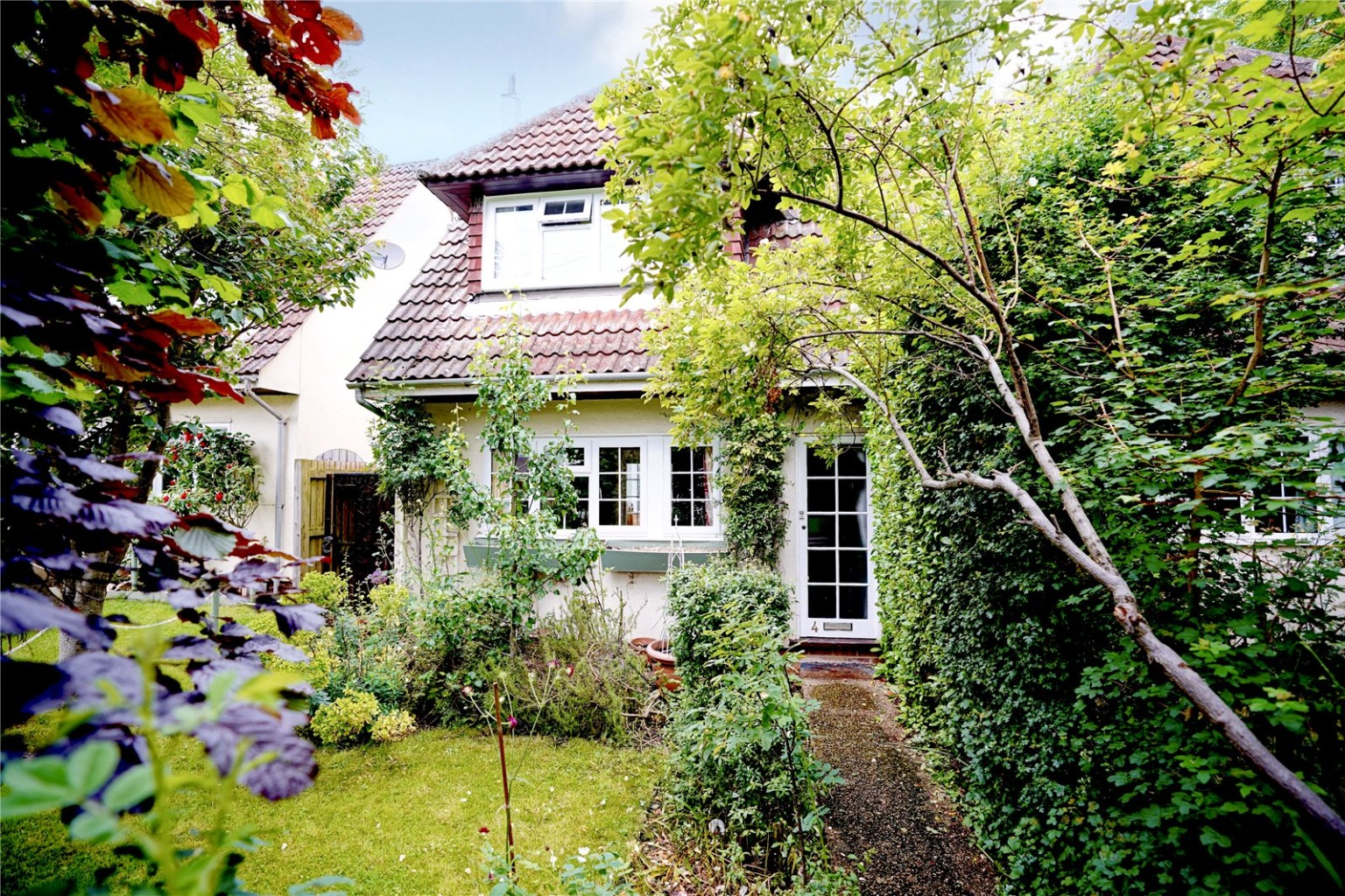 3 bed semi-detached house for sale in Hatley Road, Sandy, SG19