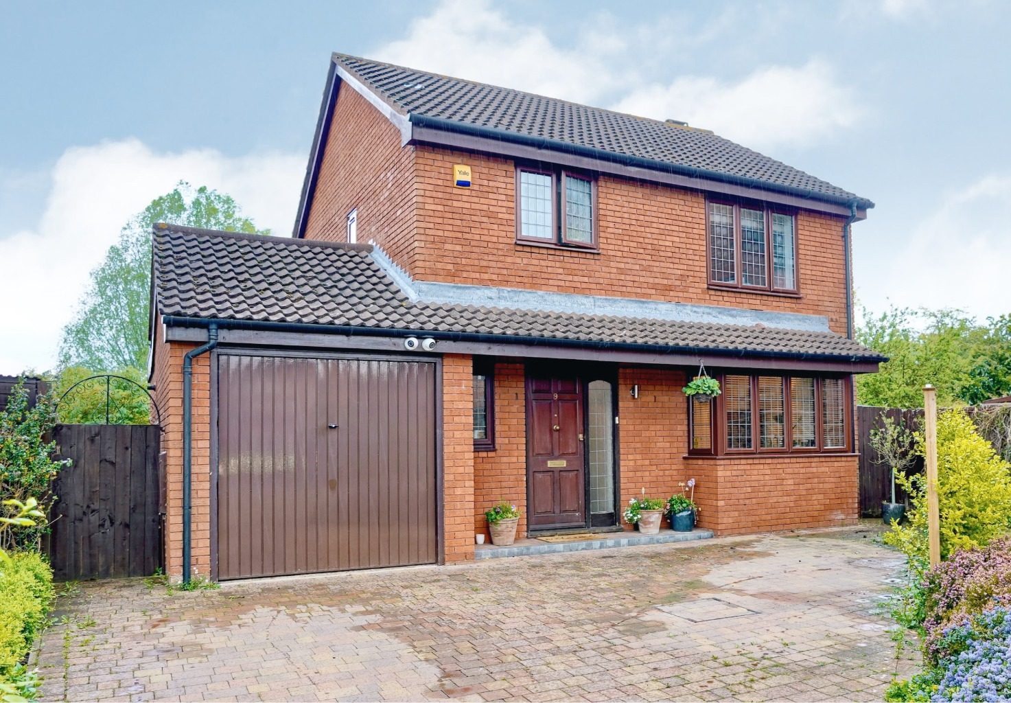 3 bed detached house for sale in Osier Court, St. Neots - Property Image 1