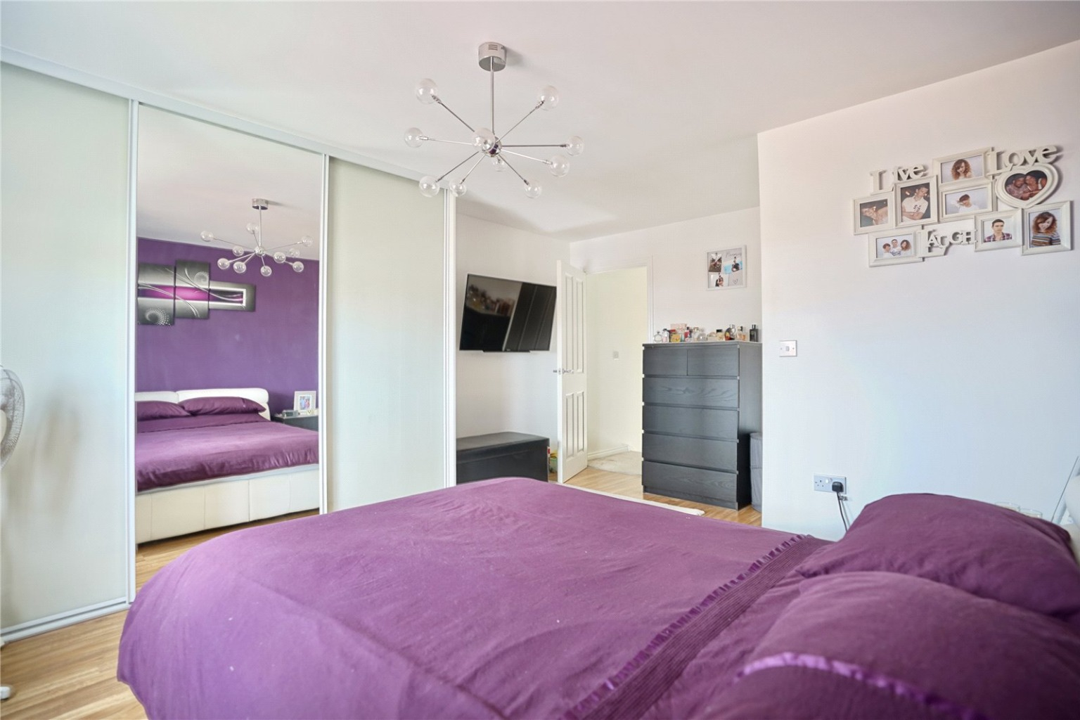 4 bed town house for sale in Buttercup Avenue, St. Neots  - Property Image 5