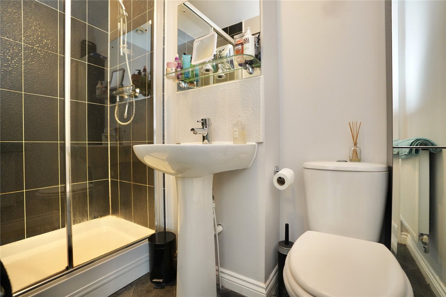 4 bed town house for sale in Buttercup Avenue, St. Neots 5