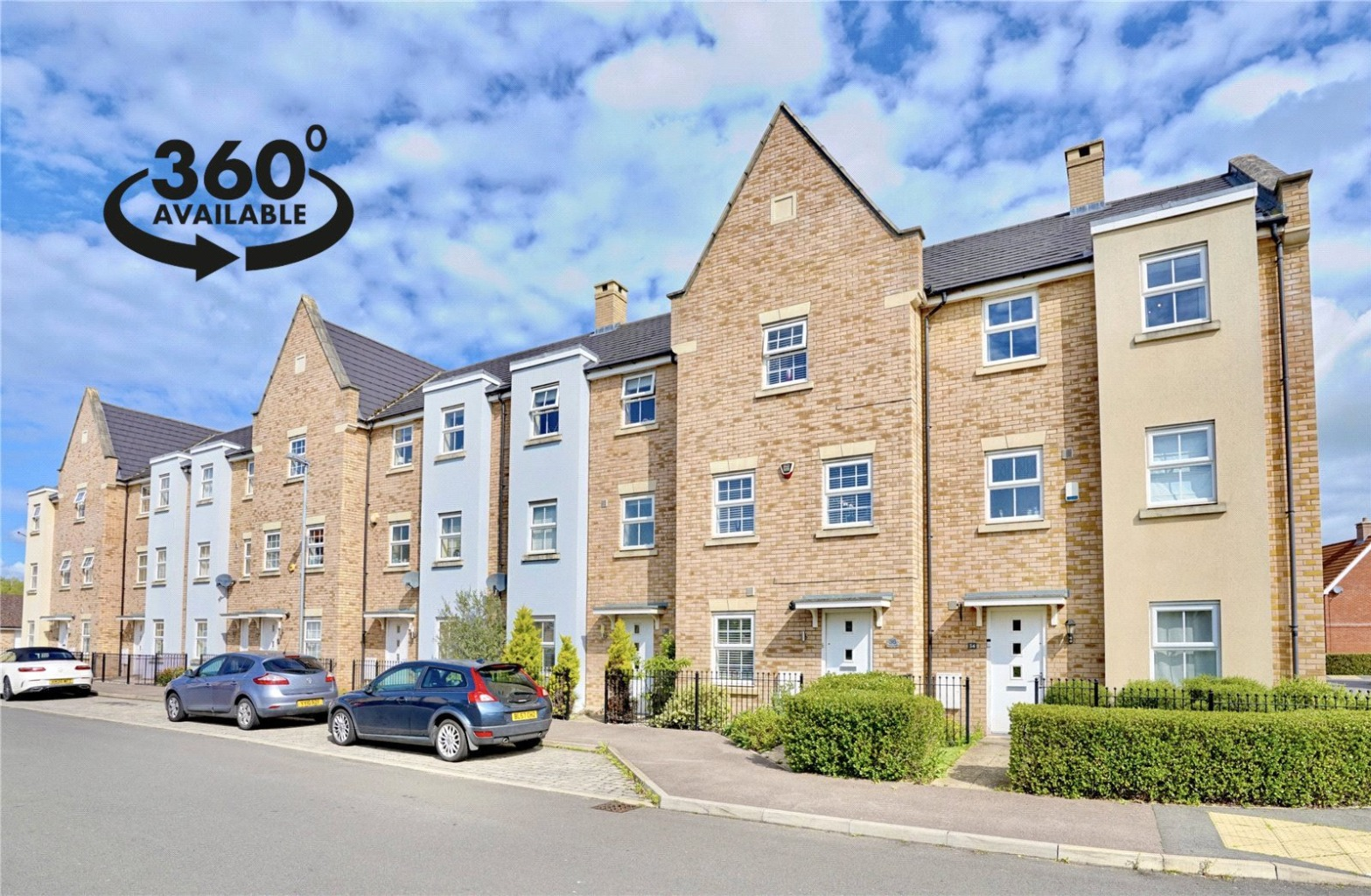 4 bed town house for sale in Buttercup Avenue, St. Neots - Property Image 1