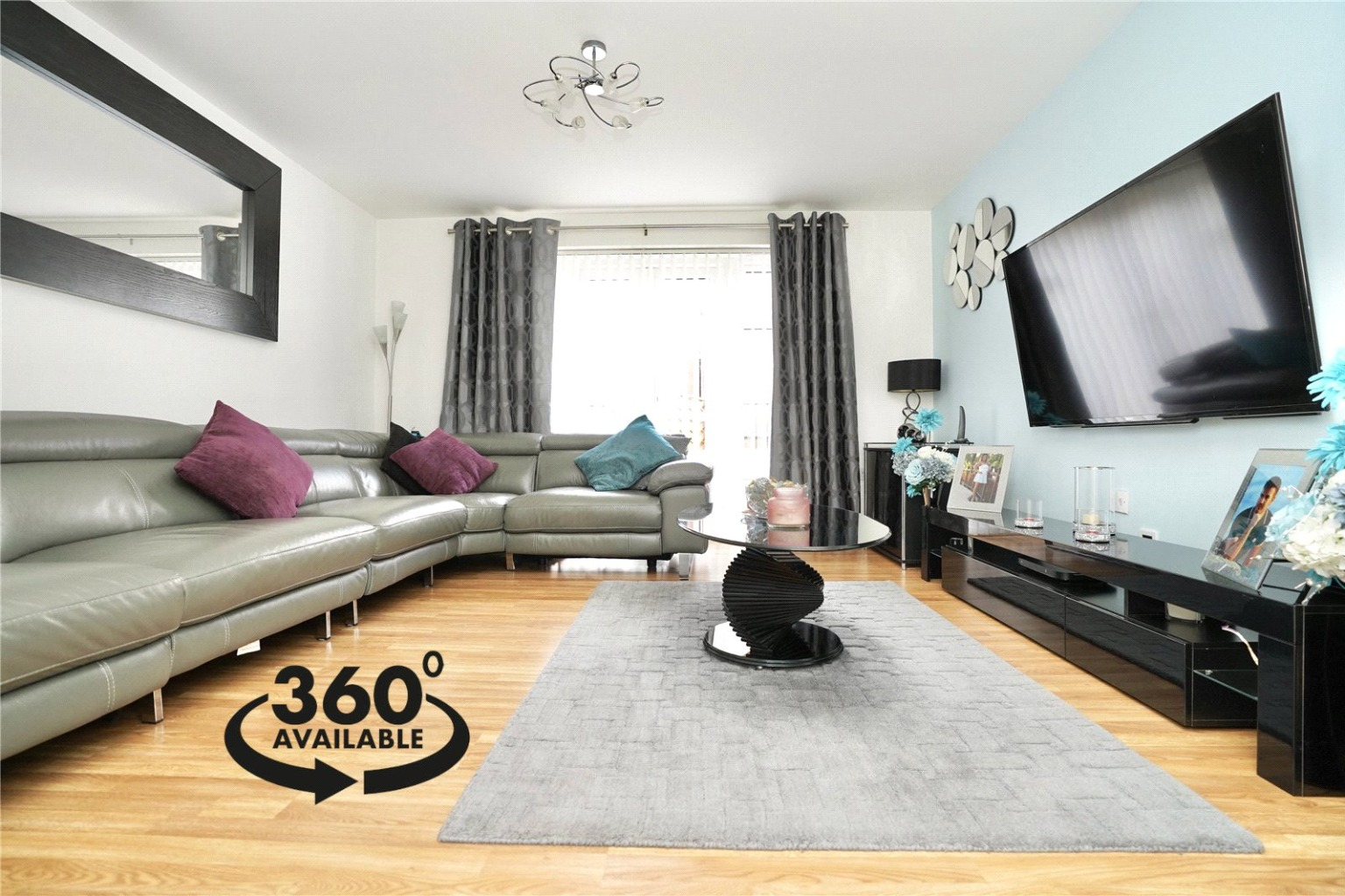 4 bed town house for sale in Buttercup Avenue, St. Neots 1
