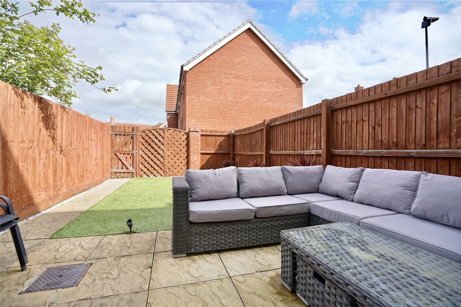 4 bed town house for sale in Buttercup Avenue, St. Neots 12