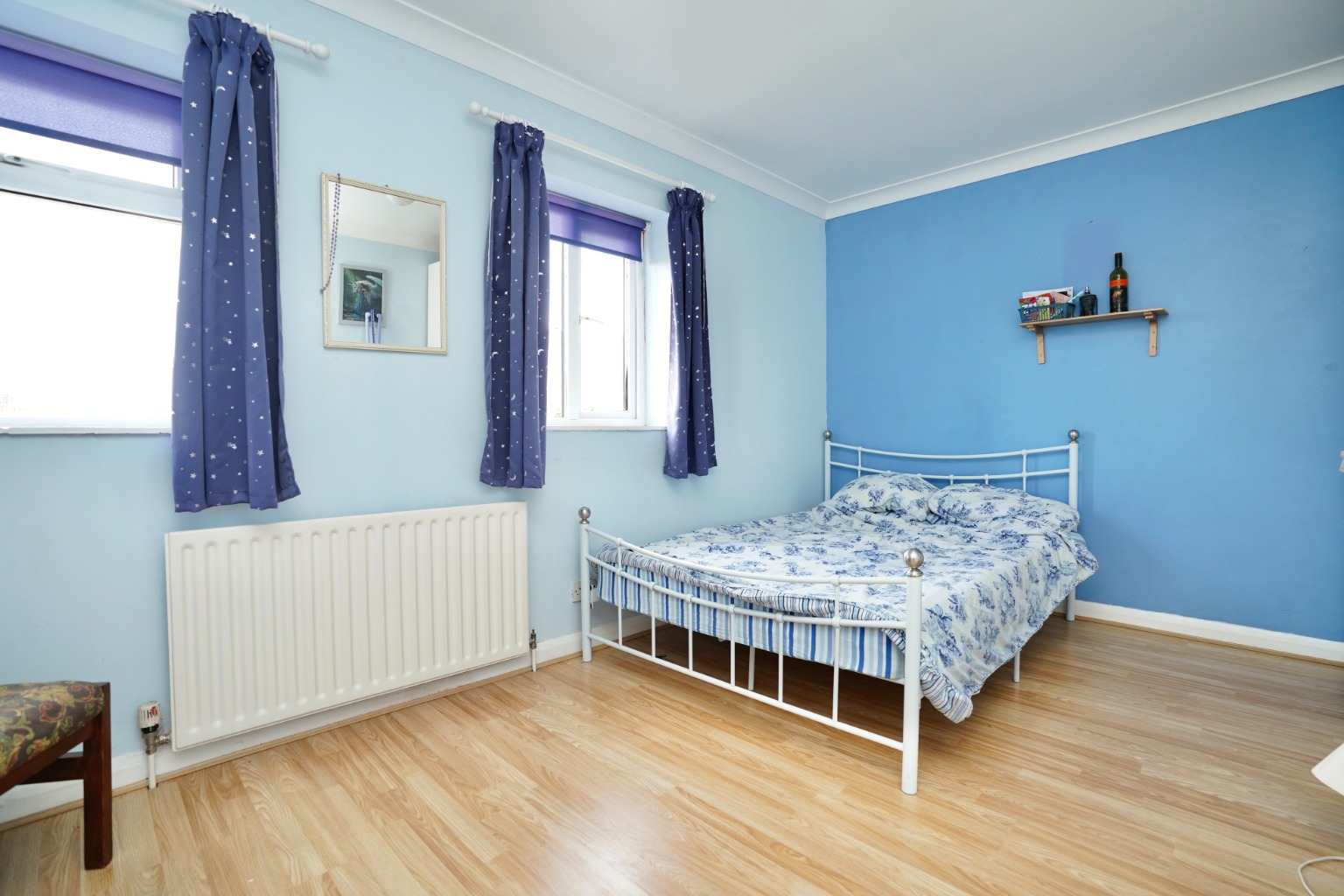 3 bed terraced house for sale in Leys Road, St. Neots 4