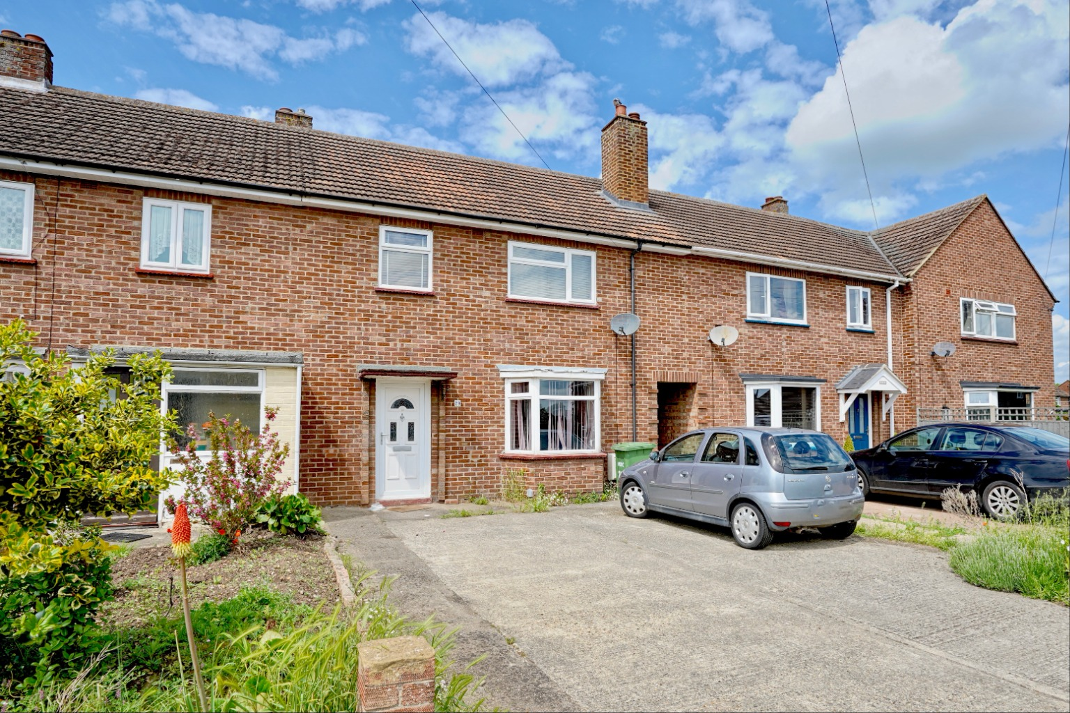 3 bed terraced house for sale in Leys Road, St. Neots  - Property Image 1