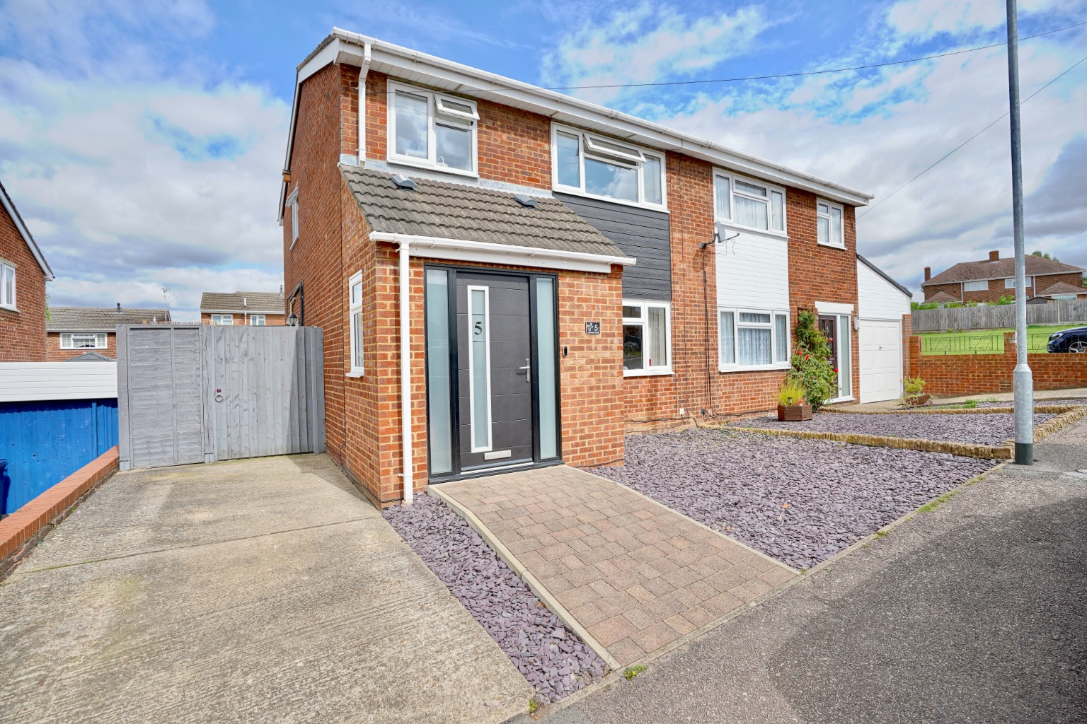 3 bed semi-detached house for sale in James Court, St. Neots - Property Image 1