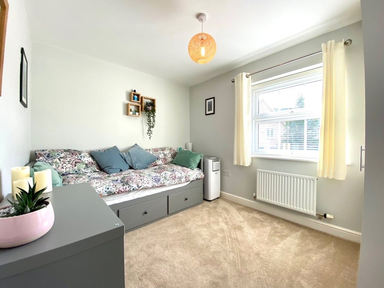 4 bed detached house for sale in Lannesbury Crescent, St. Neots  - Property Image 13