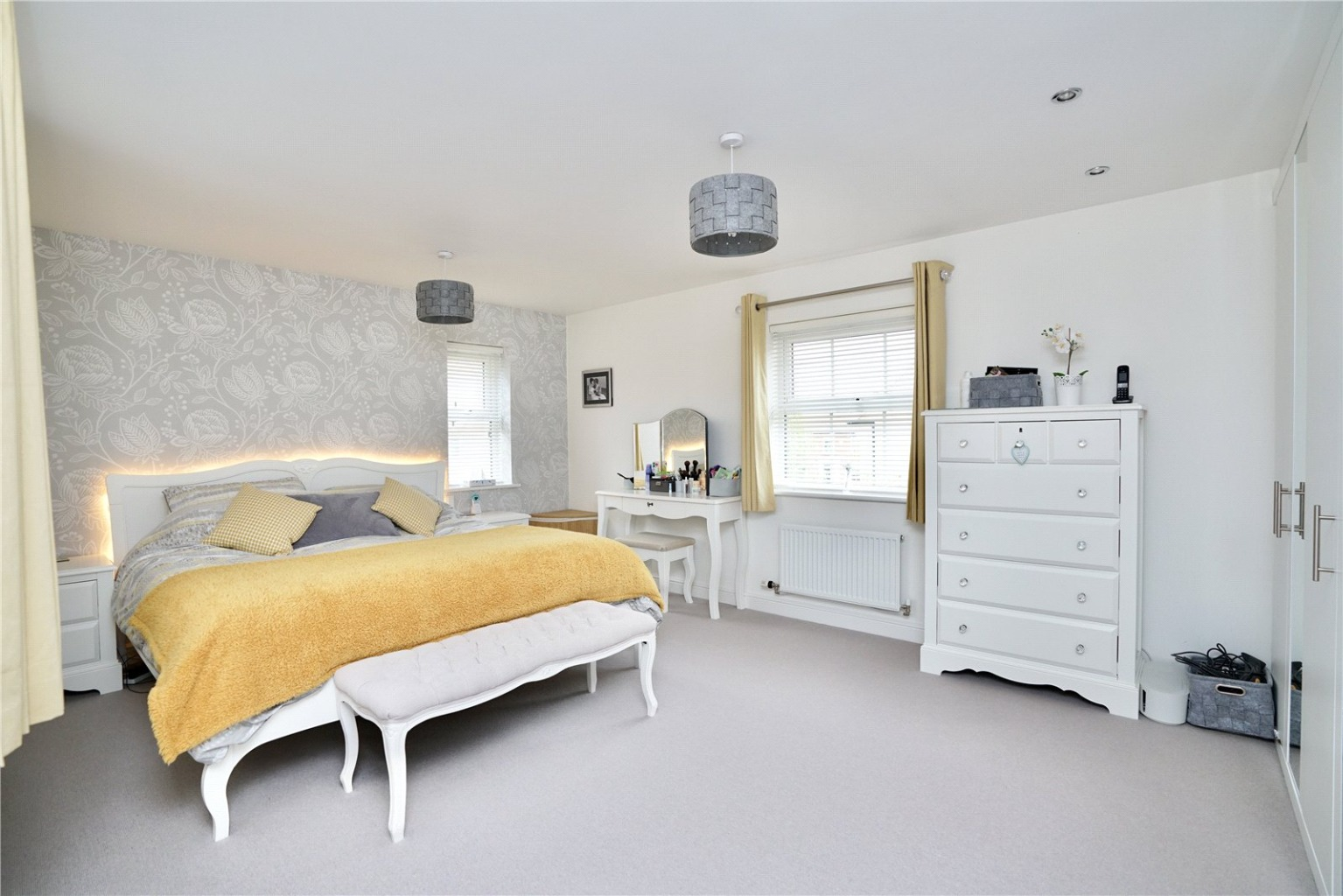 4 bed detached house for sale in Lannesbury Crescent, St. Neots 9