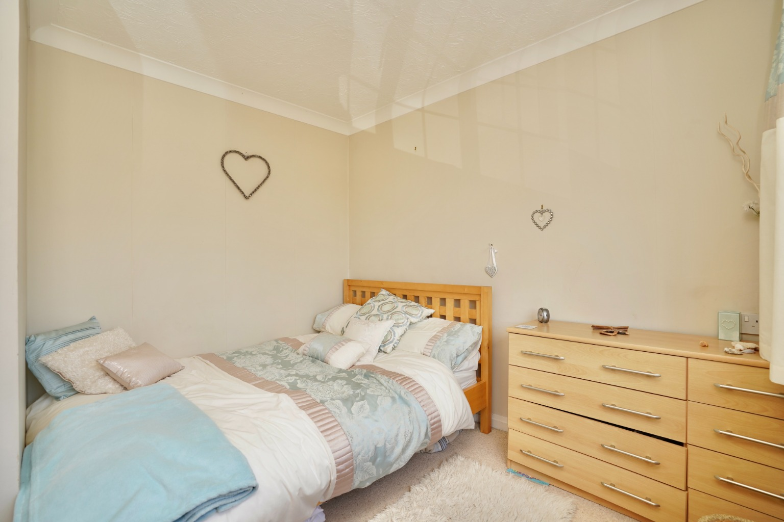 4 bed detached house for sale in Yeomans Close, Huntingdon 10