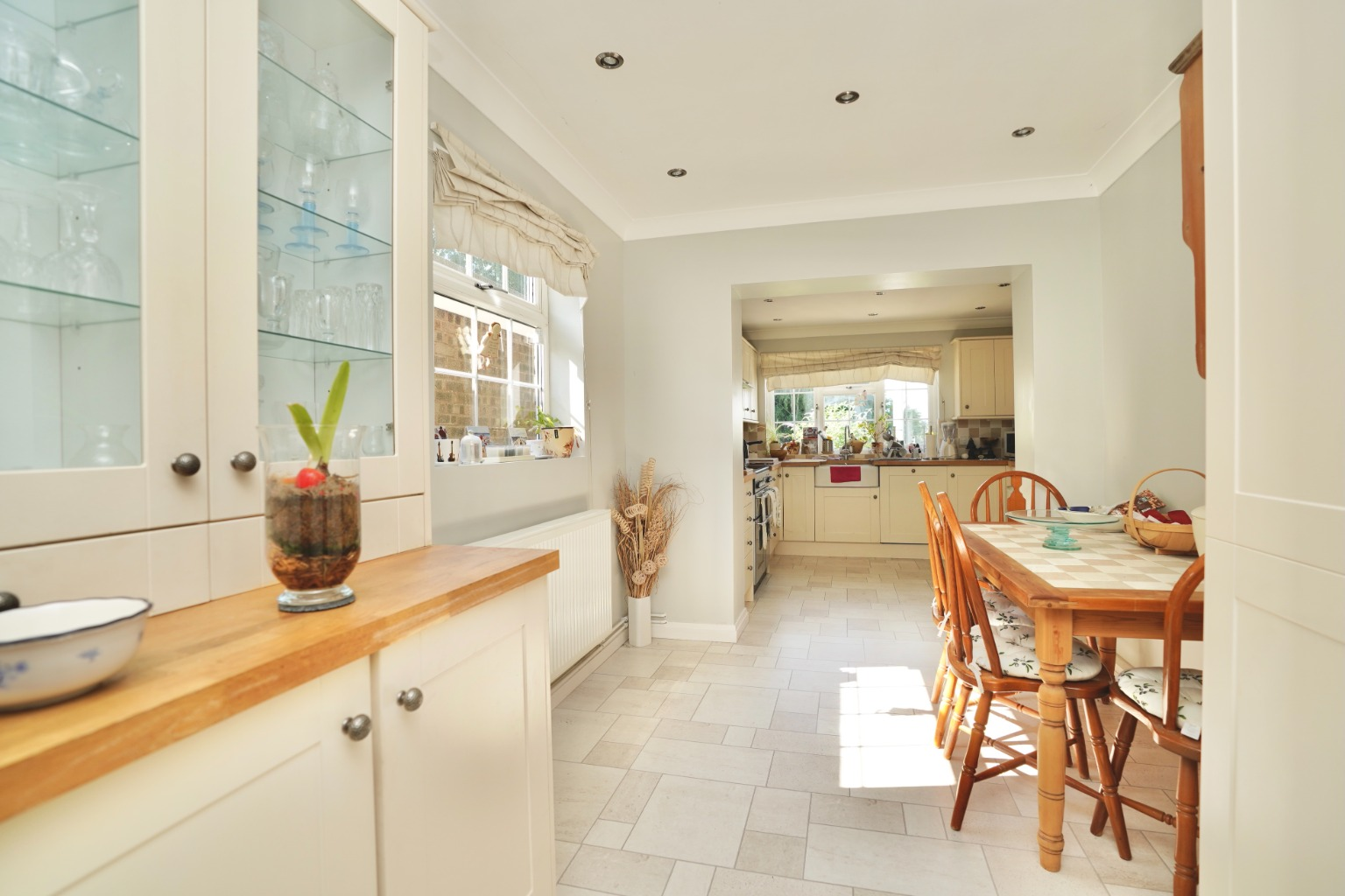 4 bed detached house for sale in Yeomans Close, Huntingdon 7