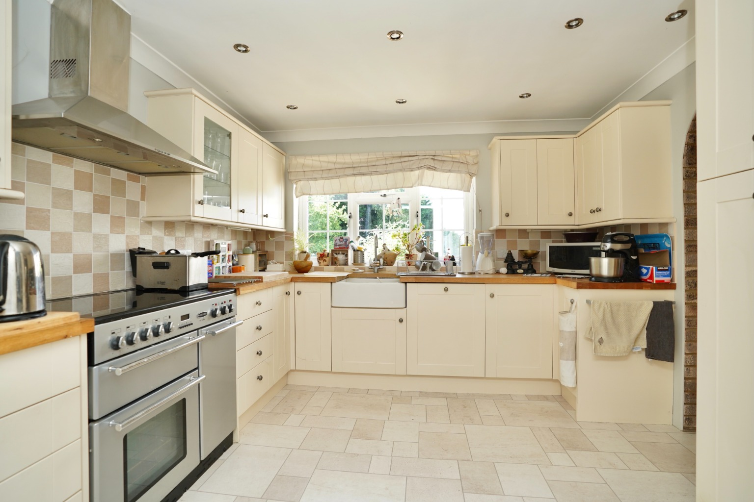 4 bed detached house for sale in Yeomans Close, Huntingdon  - Property Image 6