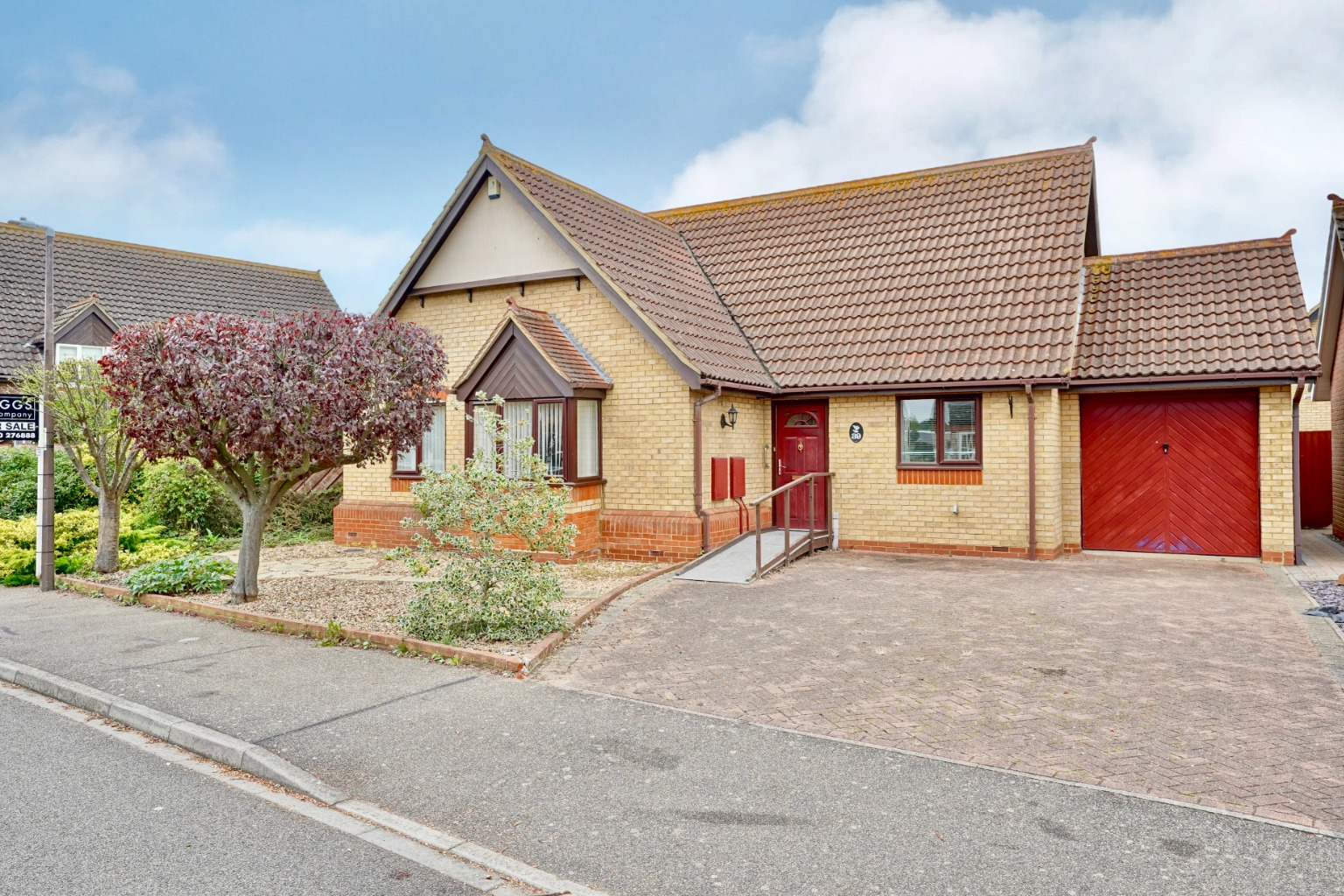 3 bed semi-detached bungalow for sale in Merlin Drive, Sandy - Property Image 1