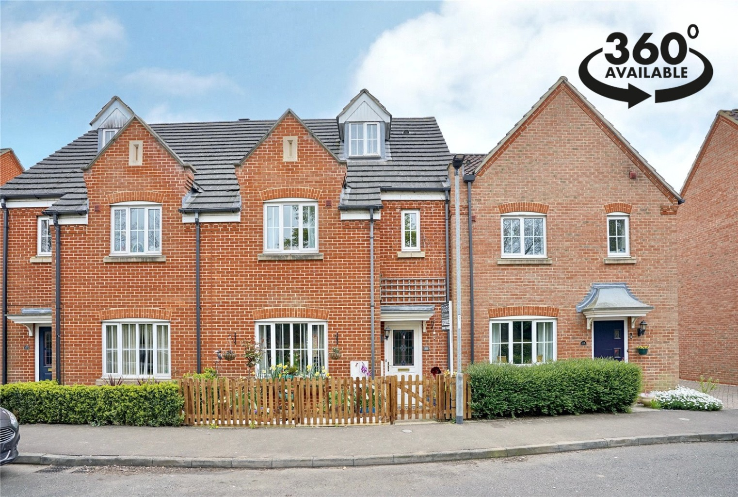 4 bed town house for sale in Beaufort Drive, St. Neots, PE19