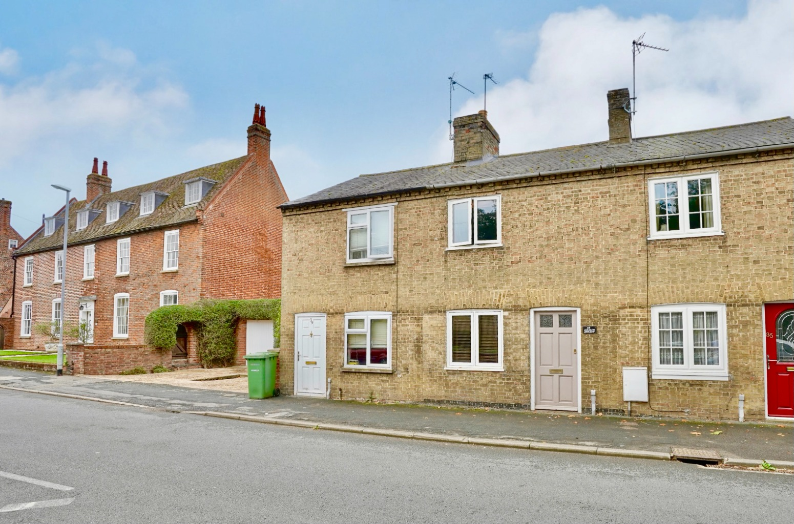 2 bed terraced house for sale in Church Street, St. Neots  - Property Image 1