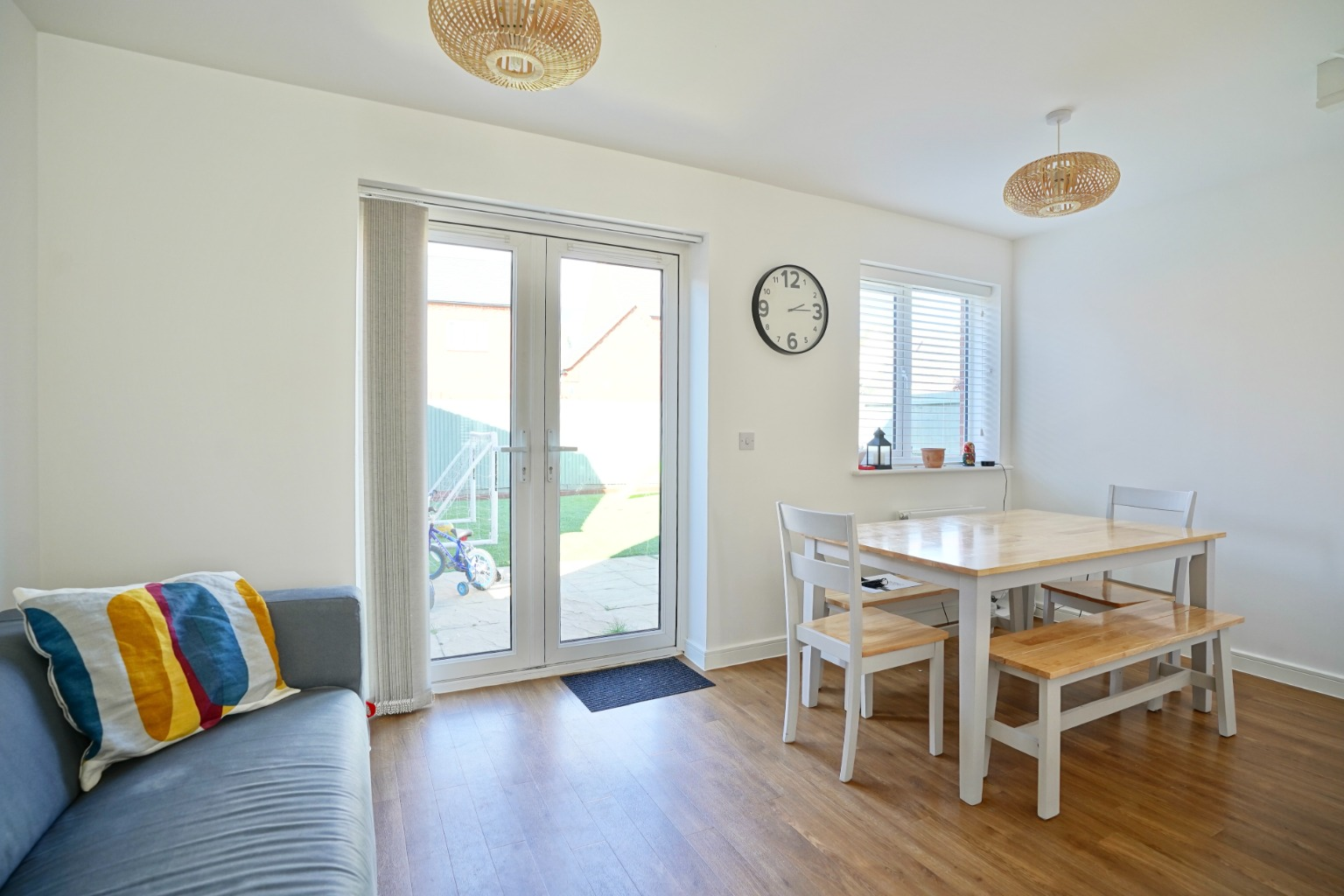 3 bed semi-detached house for sale in Whinfell Close, St. Neots  - Property Image 5