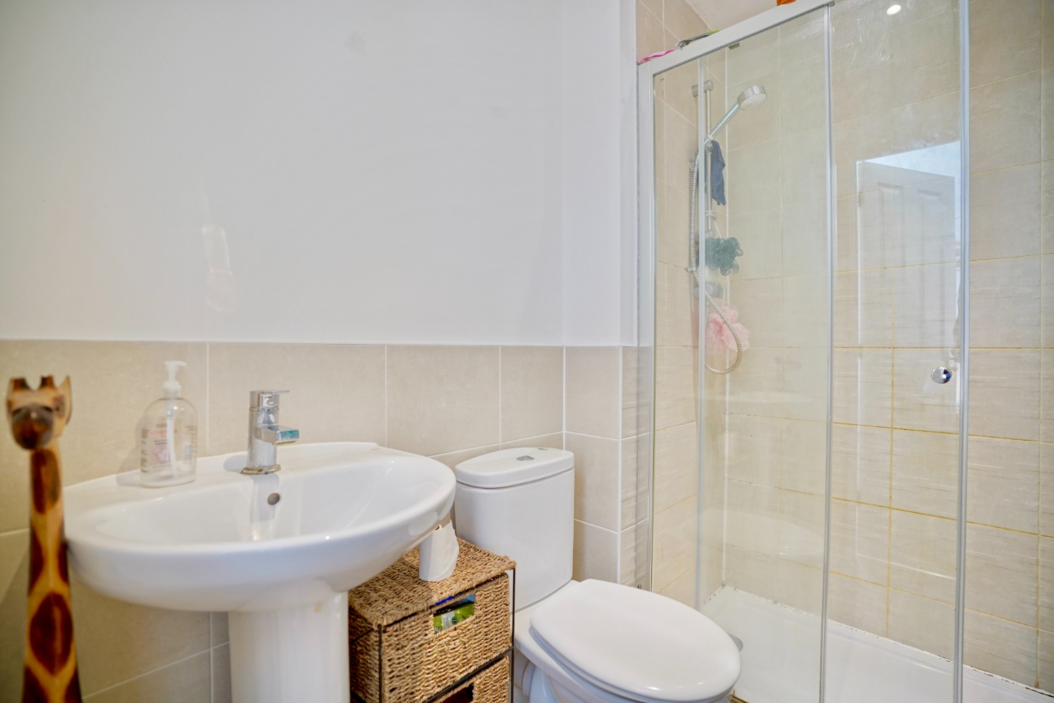 3 bed semi-detached house for sale in Whinfell Close, St. Neots  - Property Image 7