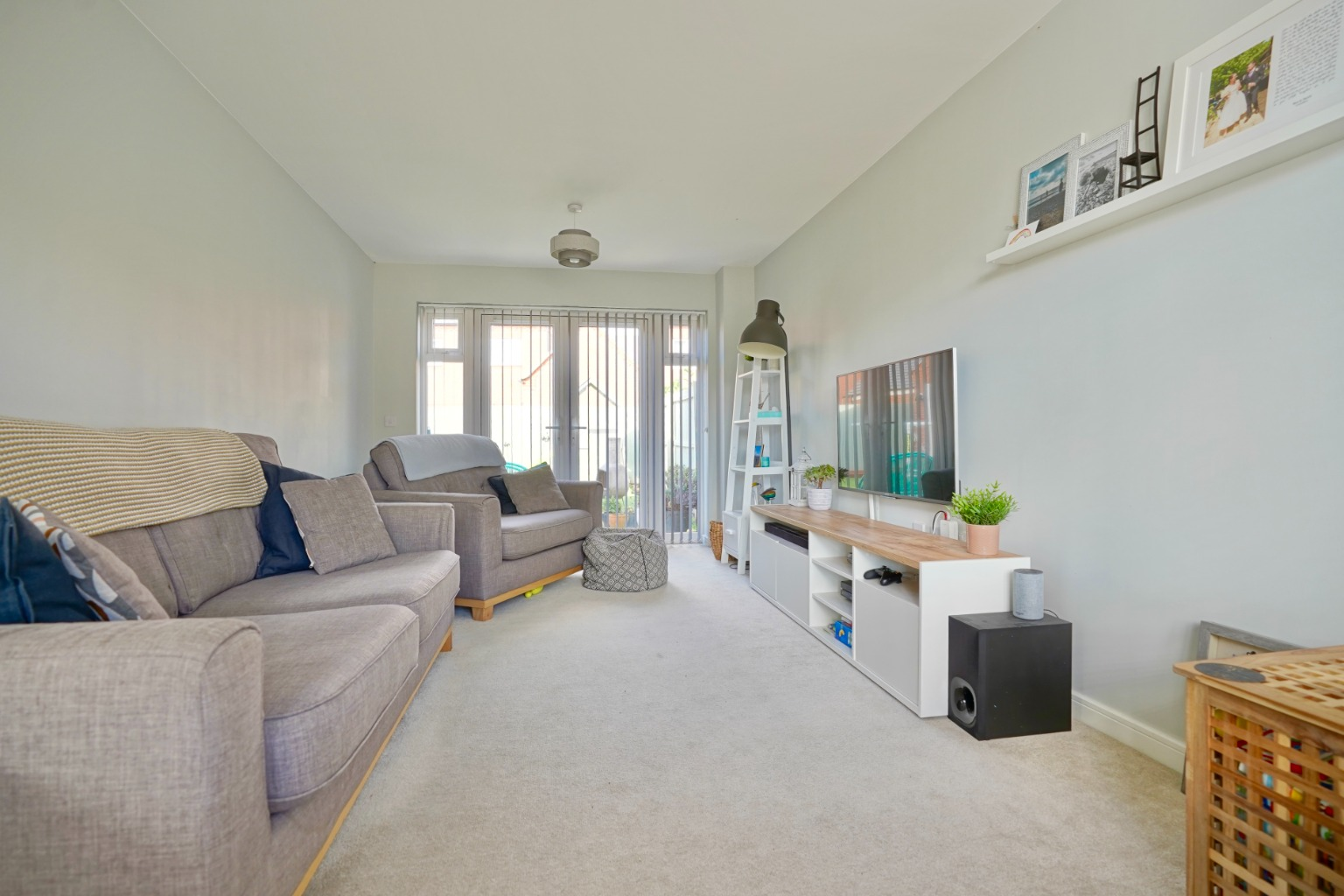 3 bed semi-detached house for sale in Whinfell Close, St. Neots  - Property Image 3
