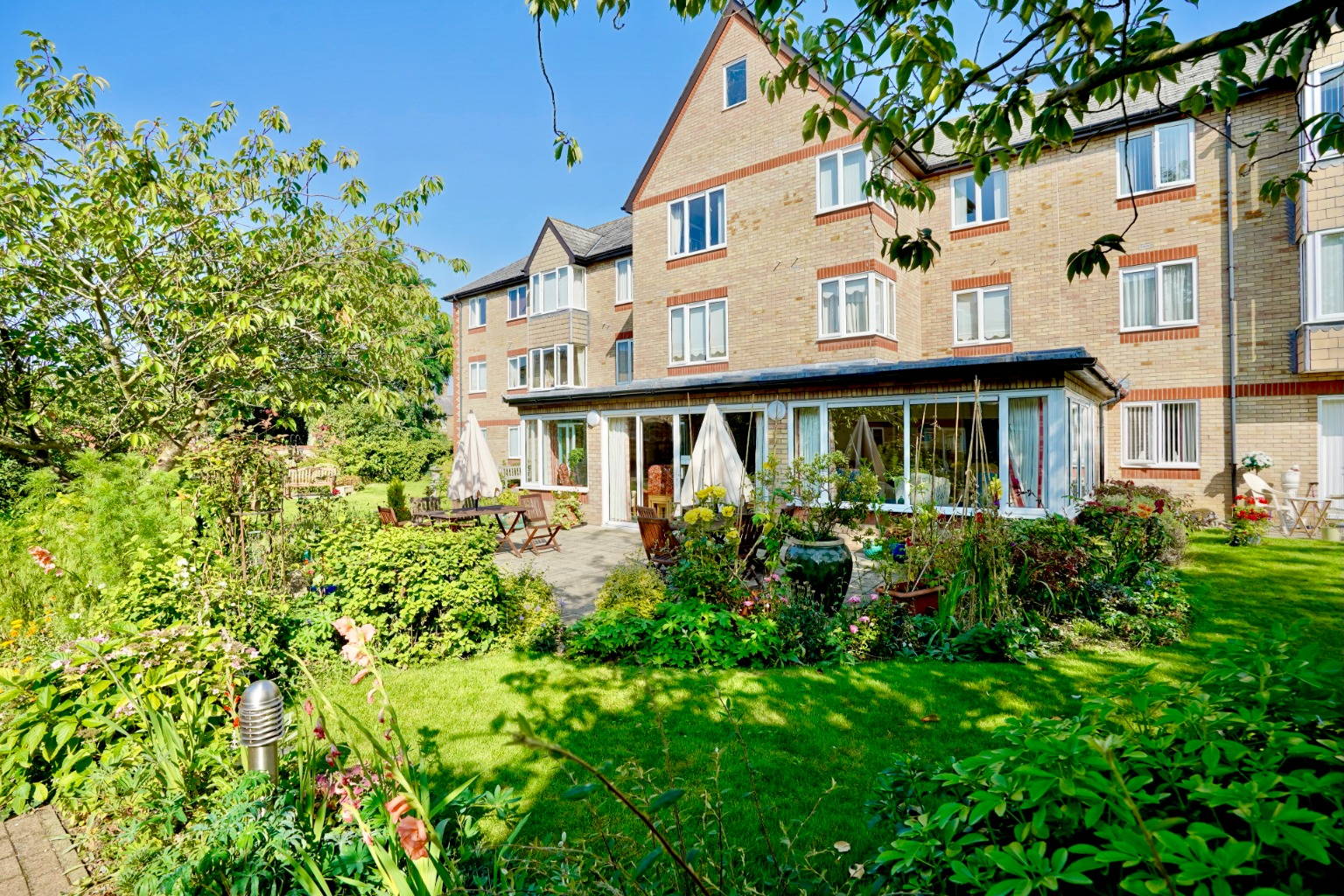 1 bed ground floor flat for sale in Old Market Court, St. Neots, PE19