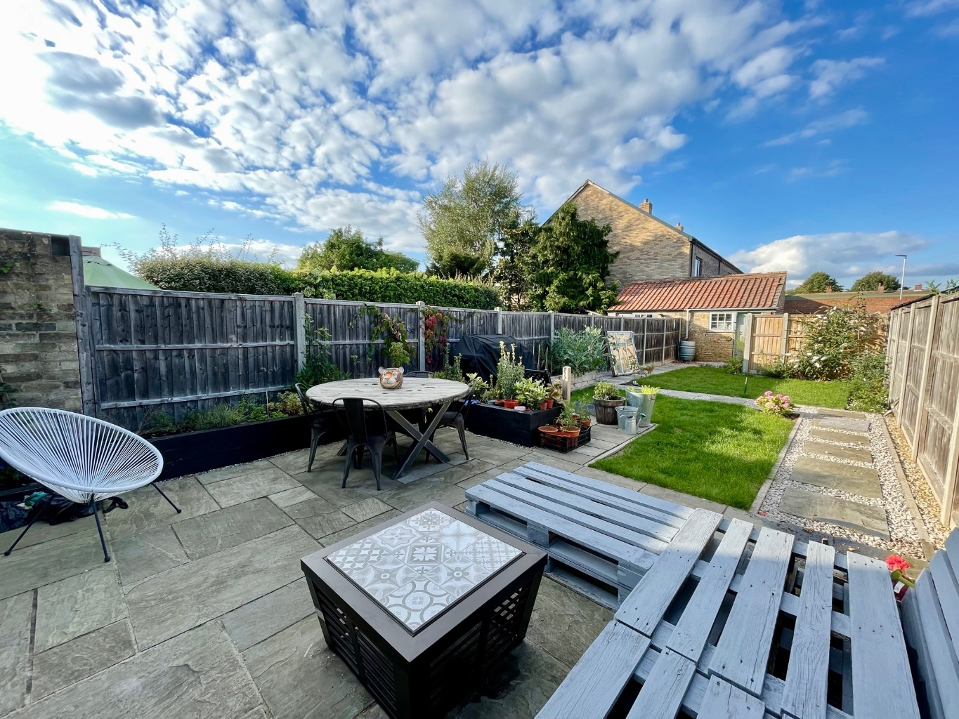 3 bed semi-detached house for sale in Rycroft Avenue, St. Neots  - Property Image 7