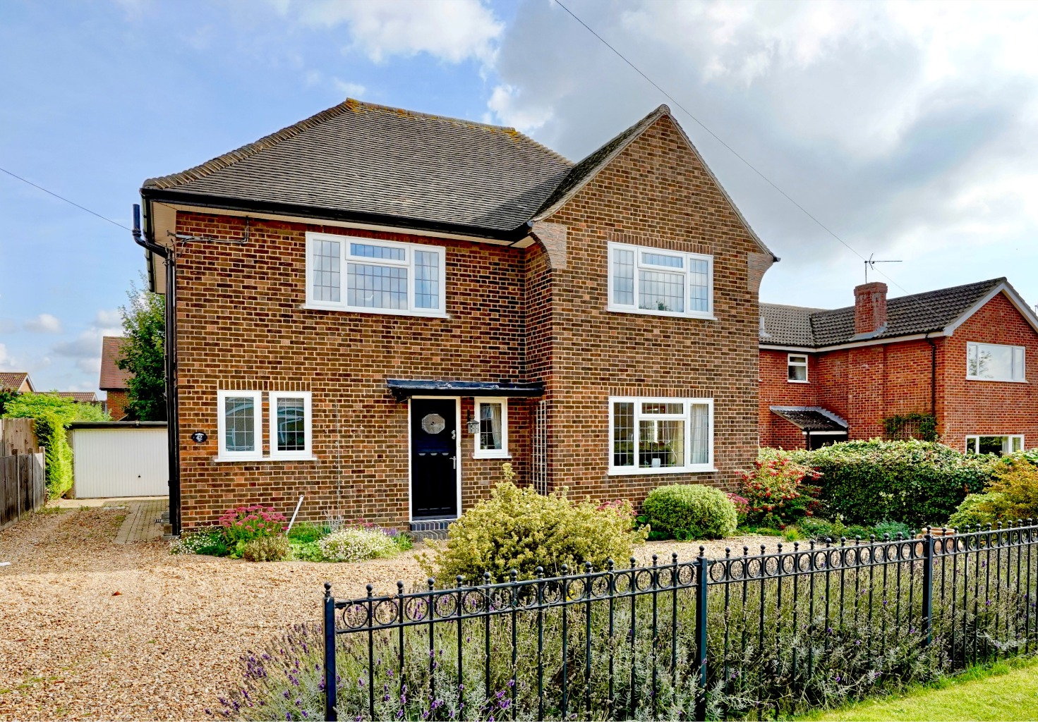 3 bed detached house for sale in Lucks Lane, St. Neots  - Property Image 1
