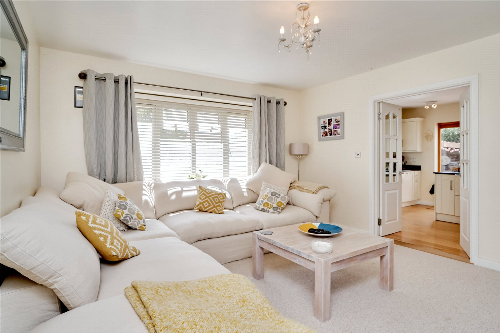 4 bed house for sale in Heathbrow Road, Old Welwyn  - Property Image 3
