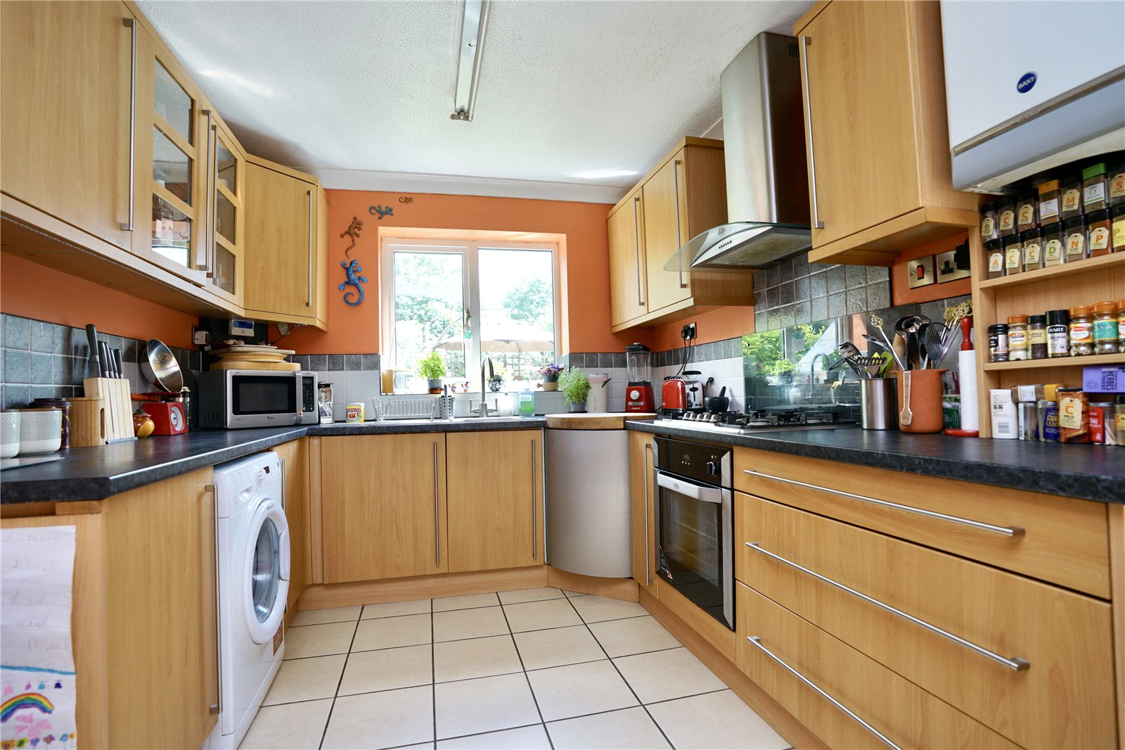 4 bed house for sale in Eaton Socon  - Property Image 5