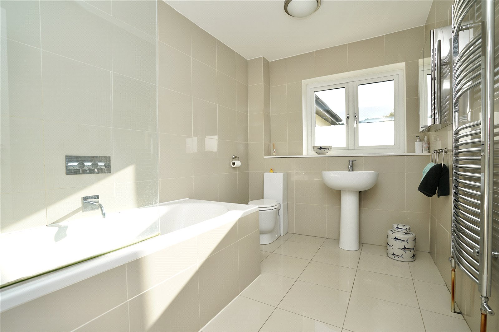 4 bed house for sale in Eaton Socon 12