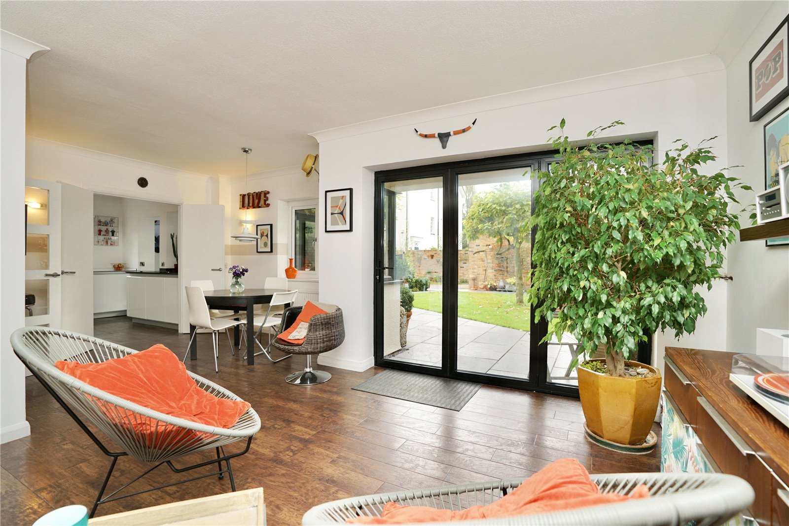 4 bed house for sale in Eaton Socon 0