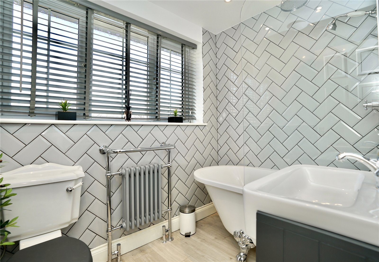 3 bed house for sale in Gordon Road, Little Paxton 14