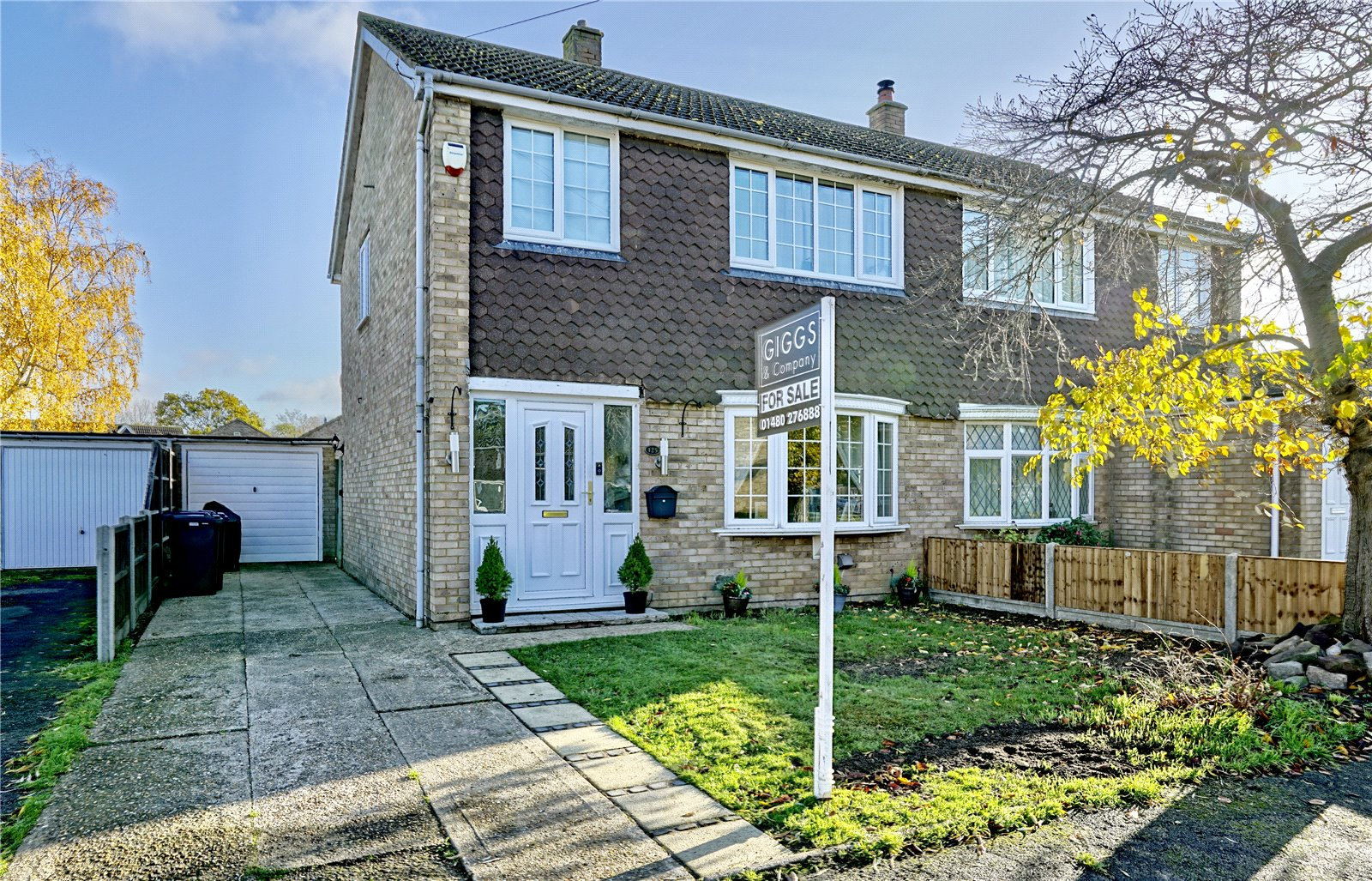 3 bed house for sale in Gordon Road, Little Paxton - Property Image 1