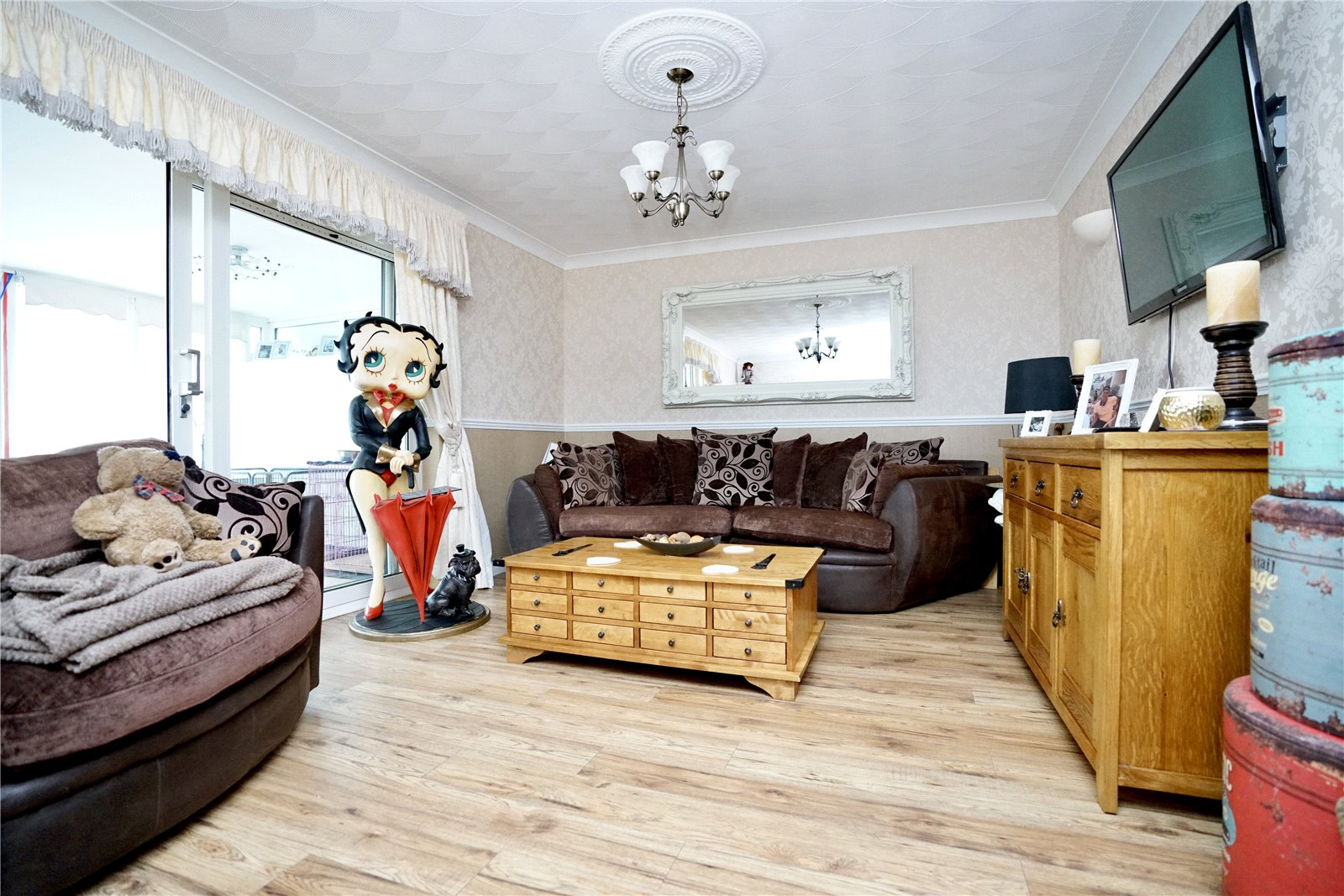 3 bed house for sale in Countess Close, Eaton Socon 2