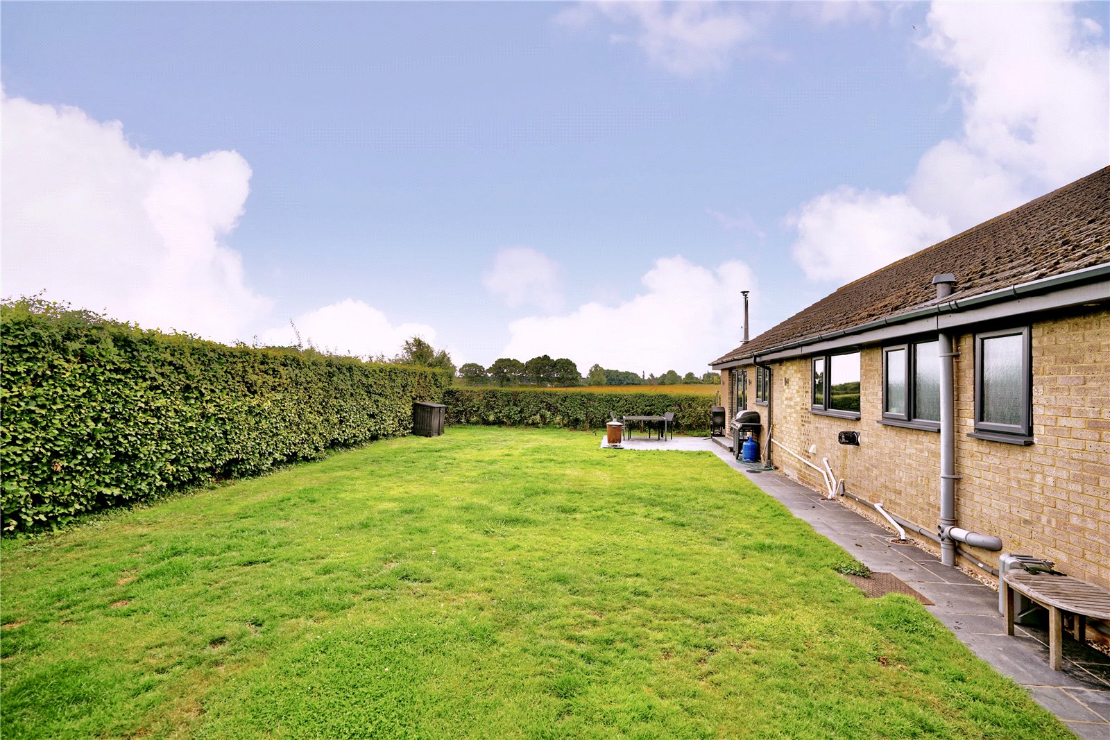 3 bed bungalow for sale in Kimbolton Road, Pertenhall 5