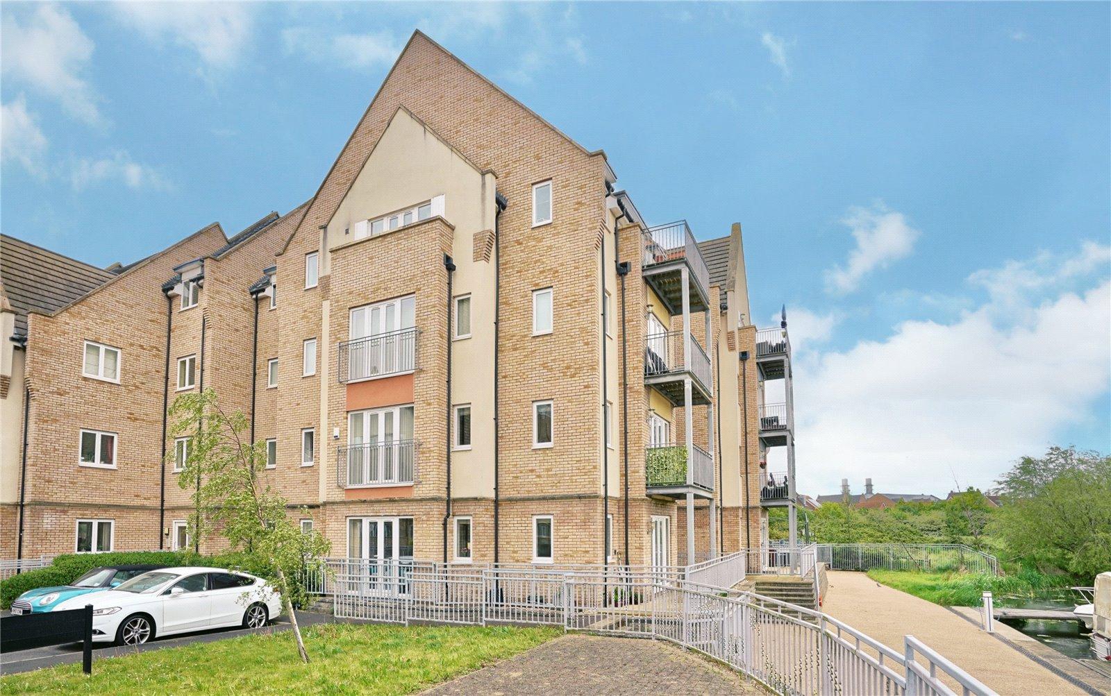 3 bed apartment for sale in Wren Walk, Eynesbury  - Property Image 1