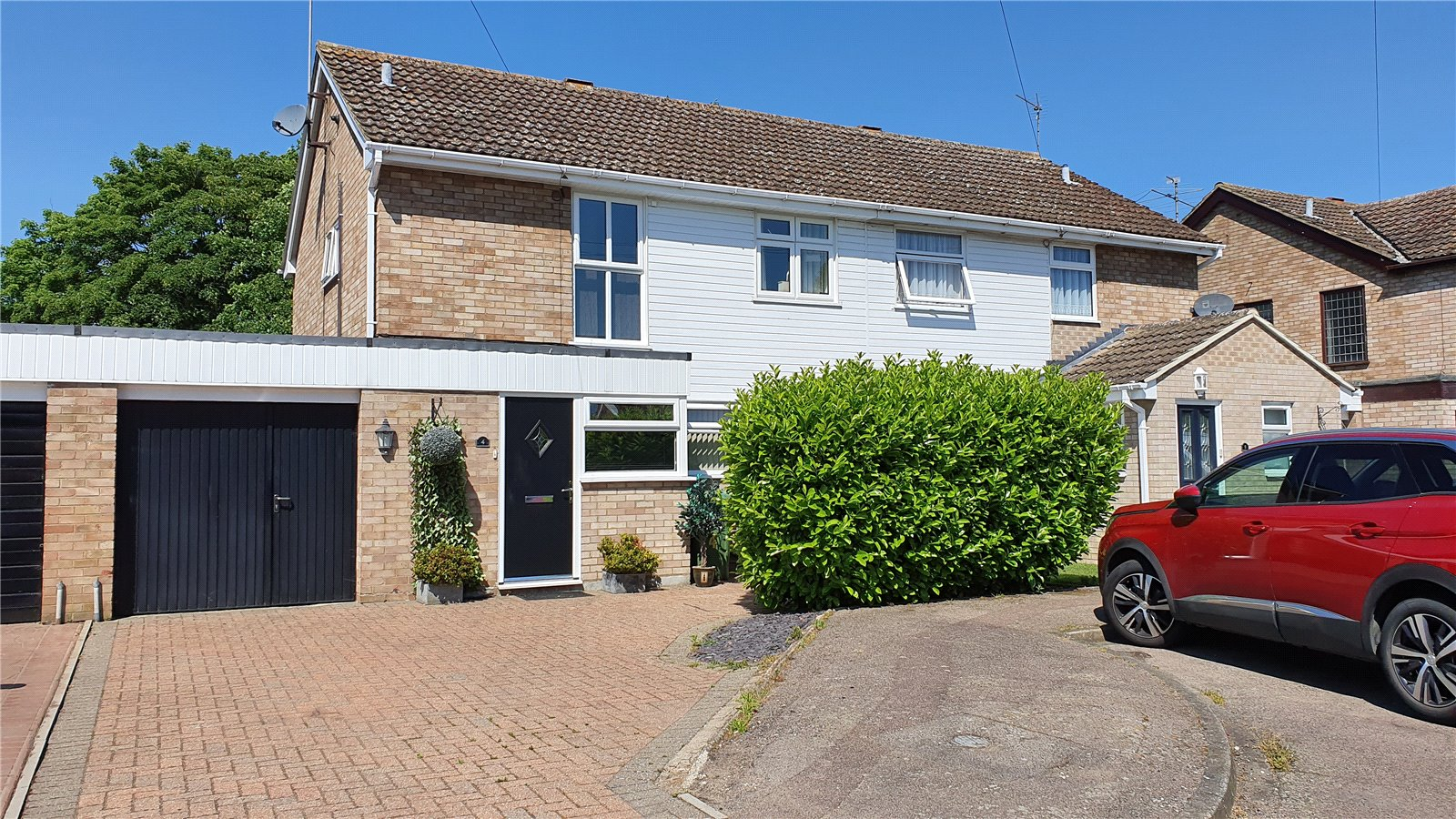 3 bed house for sale in Hathaway Close, Eaton Socon - Property Image 1
