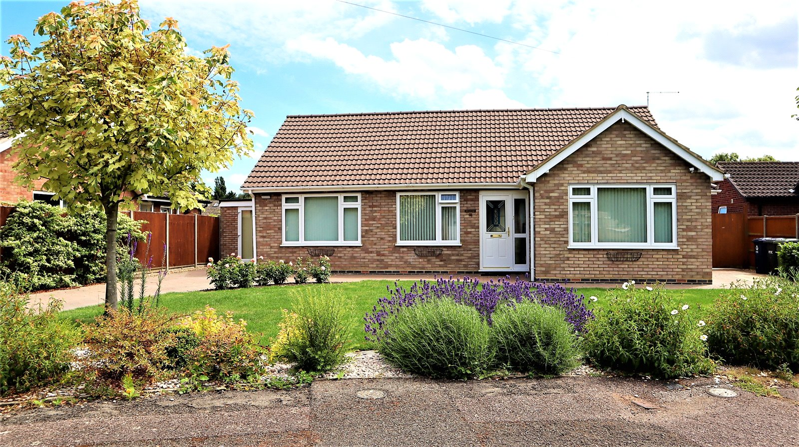 3 bed bungalow for sale in Peppercorn Lane, Eaton Socon, PE19