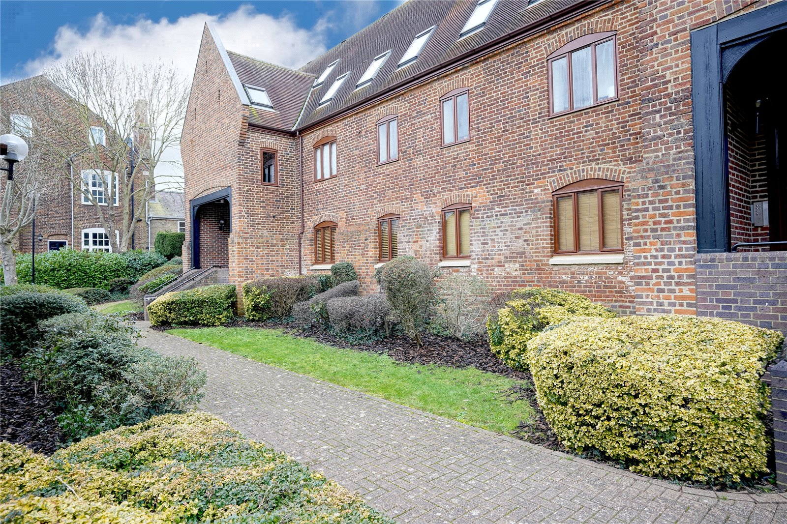2 bed apartment for sale in Little Paxton, Rampley Lane, PE19 6PQ - Property Image 1
