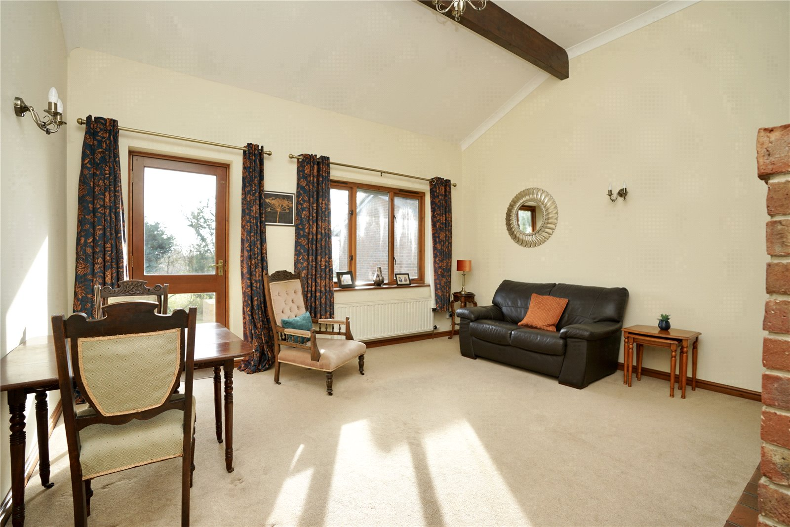 2 bed bungalow for sale in Windmill Close, Little Gransden  - Property Image 5