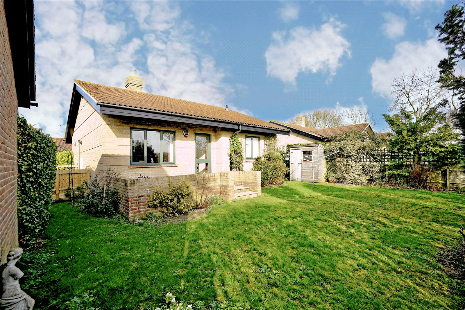 2 bed bungalow for sale in Windmill Close, Little Gransden  - Property Image 7