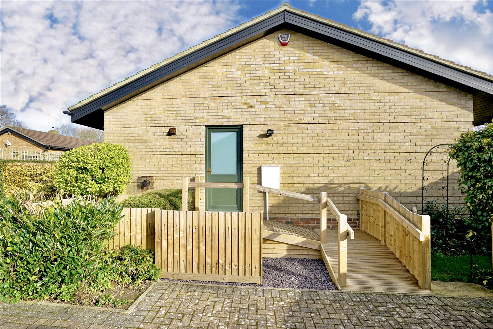 2 bed bungalow for sale in Windmill Close, Little Gransden  - Property Image 10