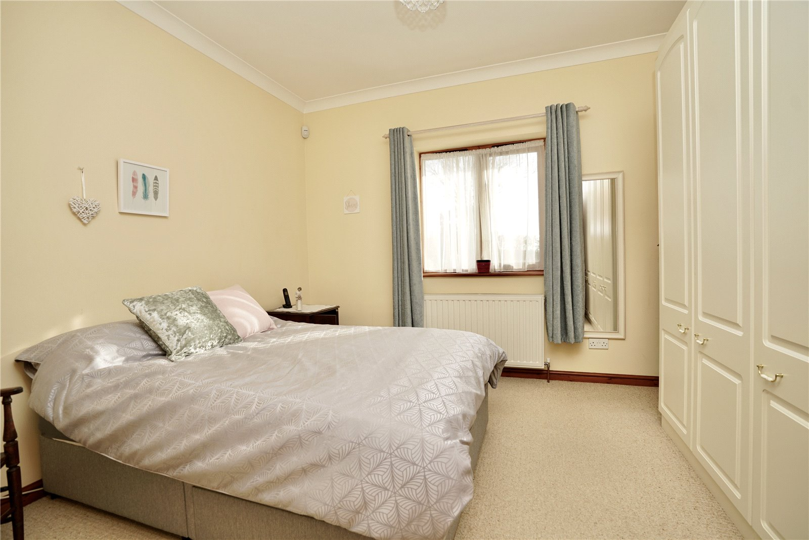 2 bed bungalow for sale in Windmill Close, Little Gransden  - Property Image 6
