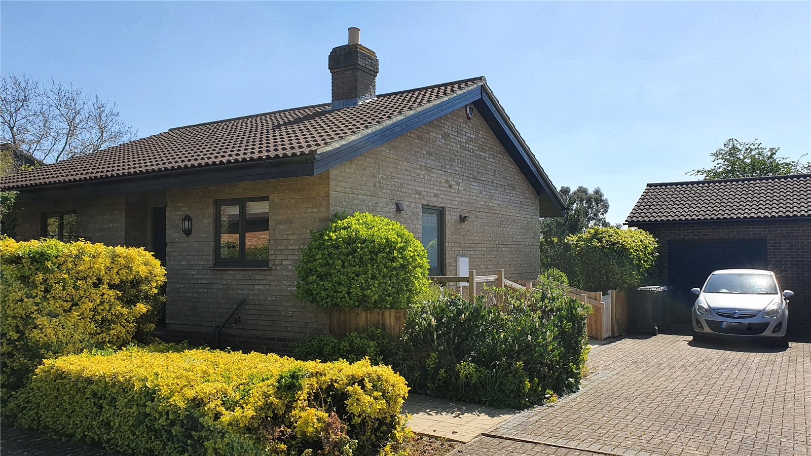 2 bed bungalow for sale in Little Gransden, SG19