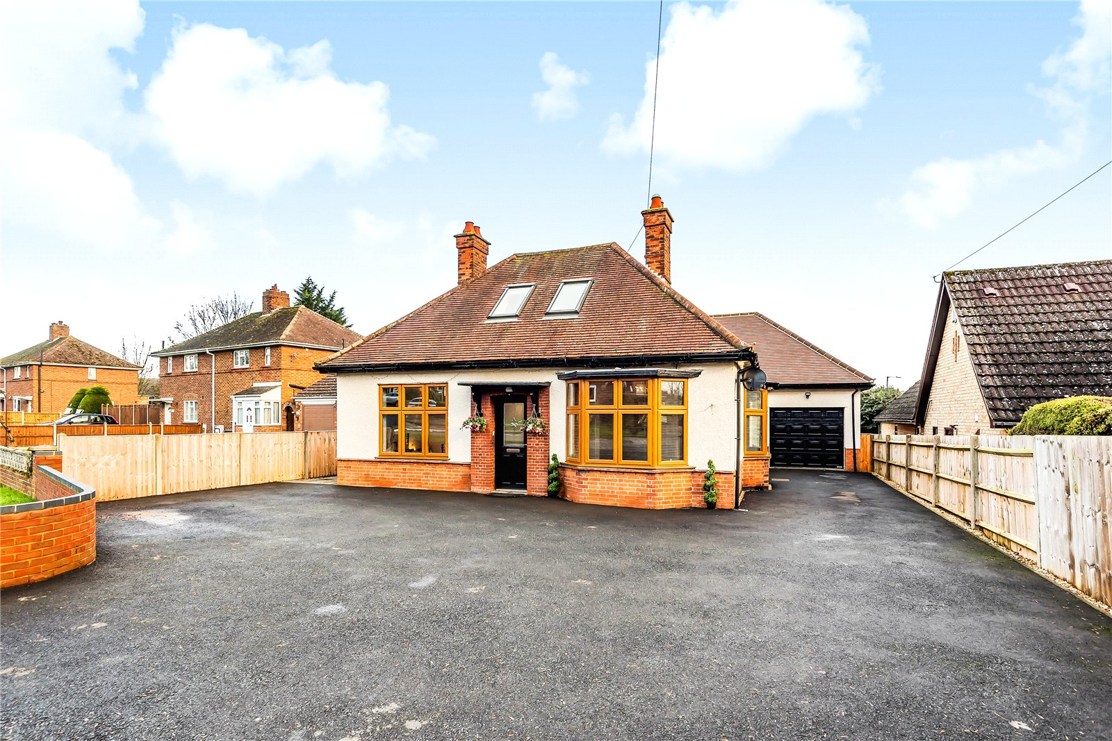 4 bed house for sale in Eaton Ford, PE19 7BJ, PE19