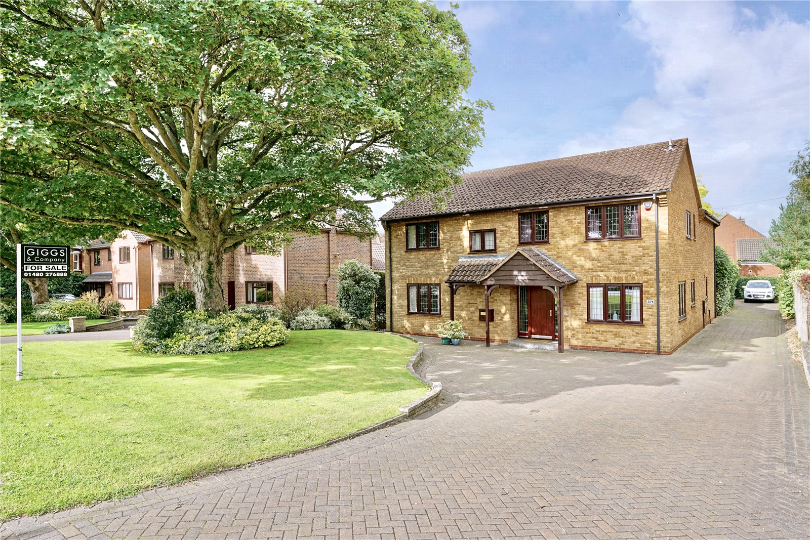 5 bed house for sale in Great North Road, Eaton Ford  - Property Image 1