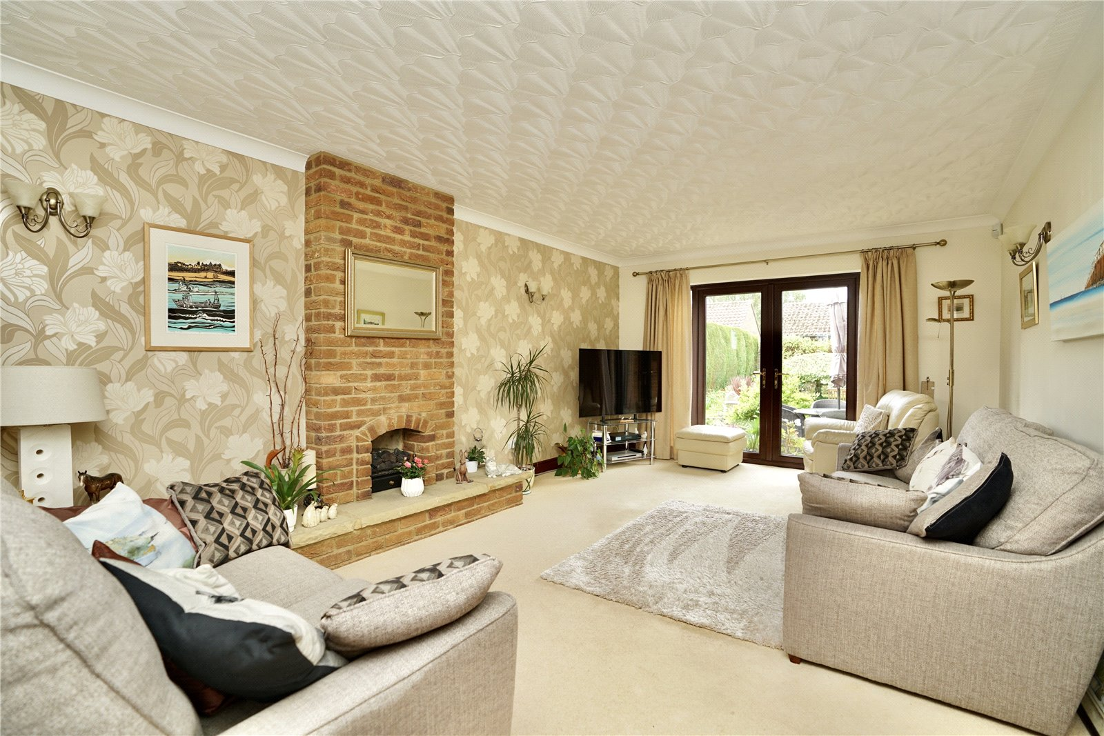 5 bed house for sale in Great North Road, Eaton Ford  - Property Image 5