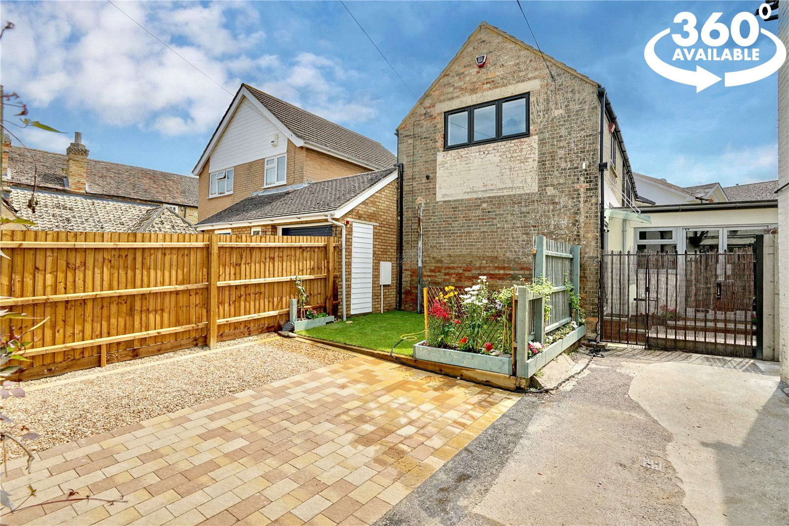 2 bed house for sale in Eaton Ford, St. Neots Road, PE19 7AD  - Property Image 1