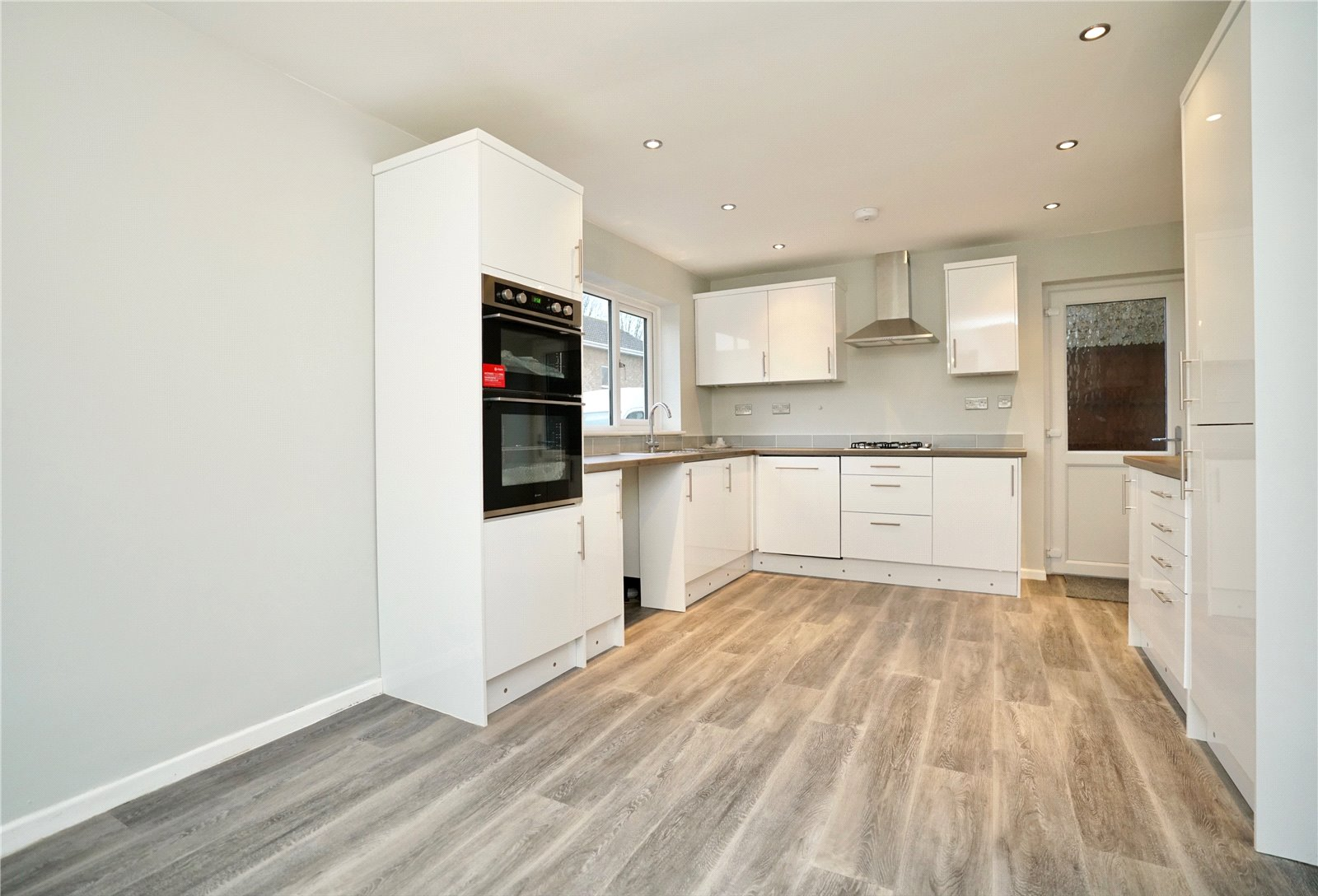 4 bed house for sale in Eaton Socon 1