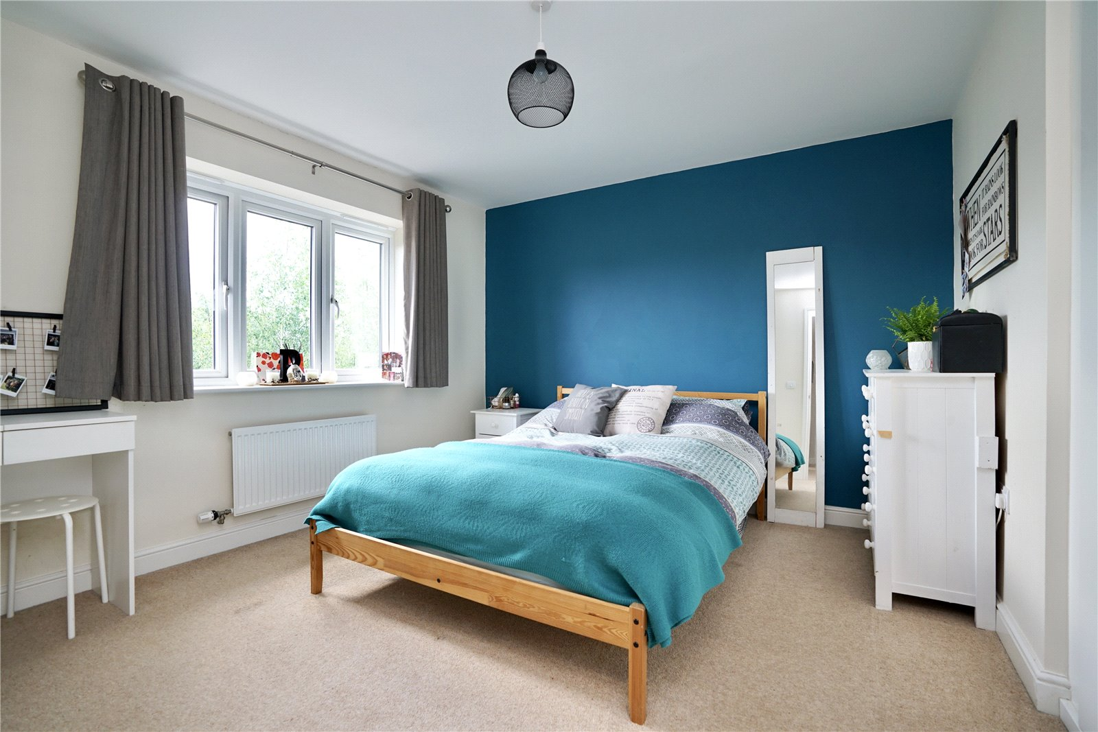 5 bed house for sale in Lannesbury Crescent, St. Neots  - Property Image 11
