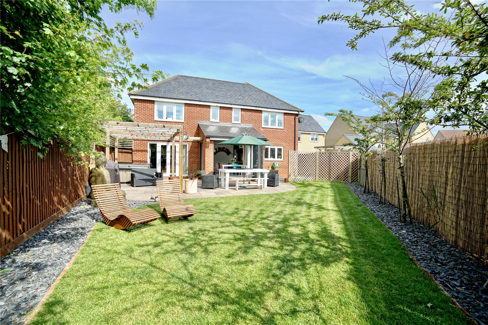 5 bed house for sale in Lannesbury Crescent, St. Neots  - Property Image 16