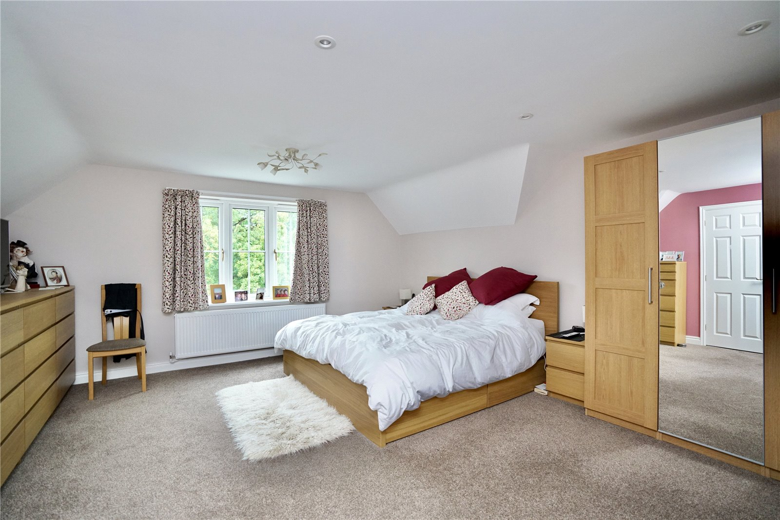 4 bed house for sale in Great Gransden  - Property Image 4